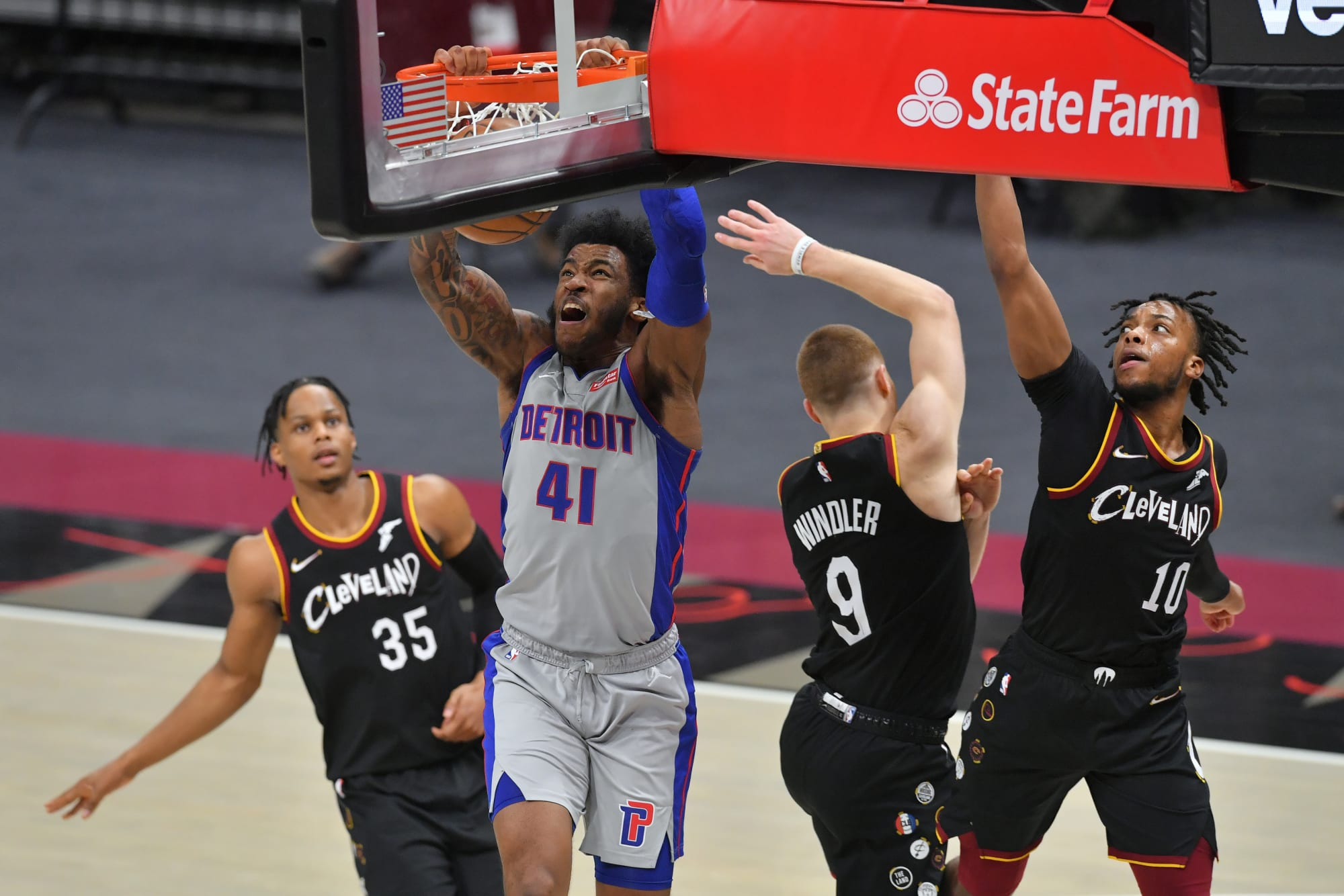 Detroit Pistons: Starting lineup vs. Cavaliers will have fans excited