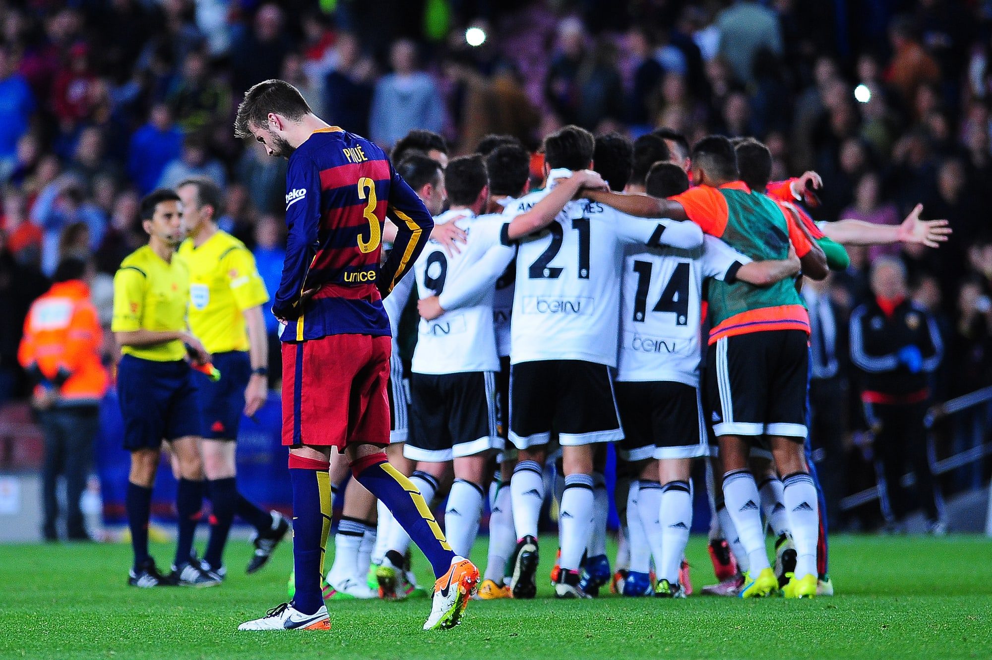 Valencia vs Barcelona: Preview and Projected Lineups