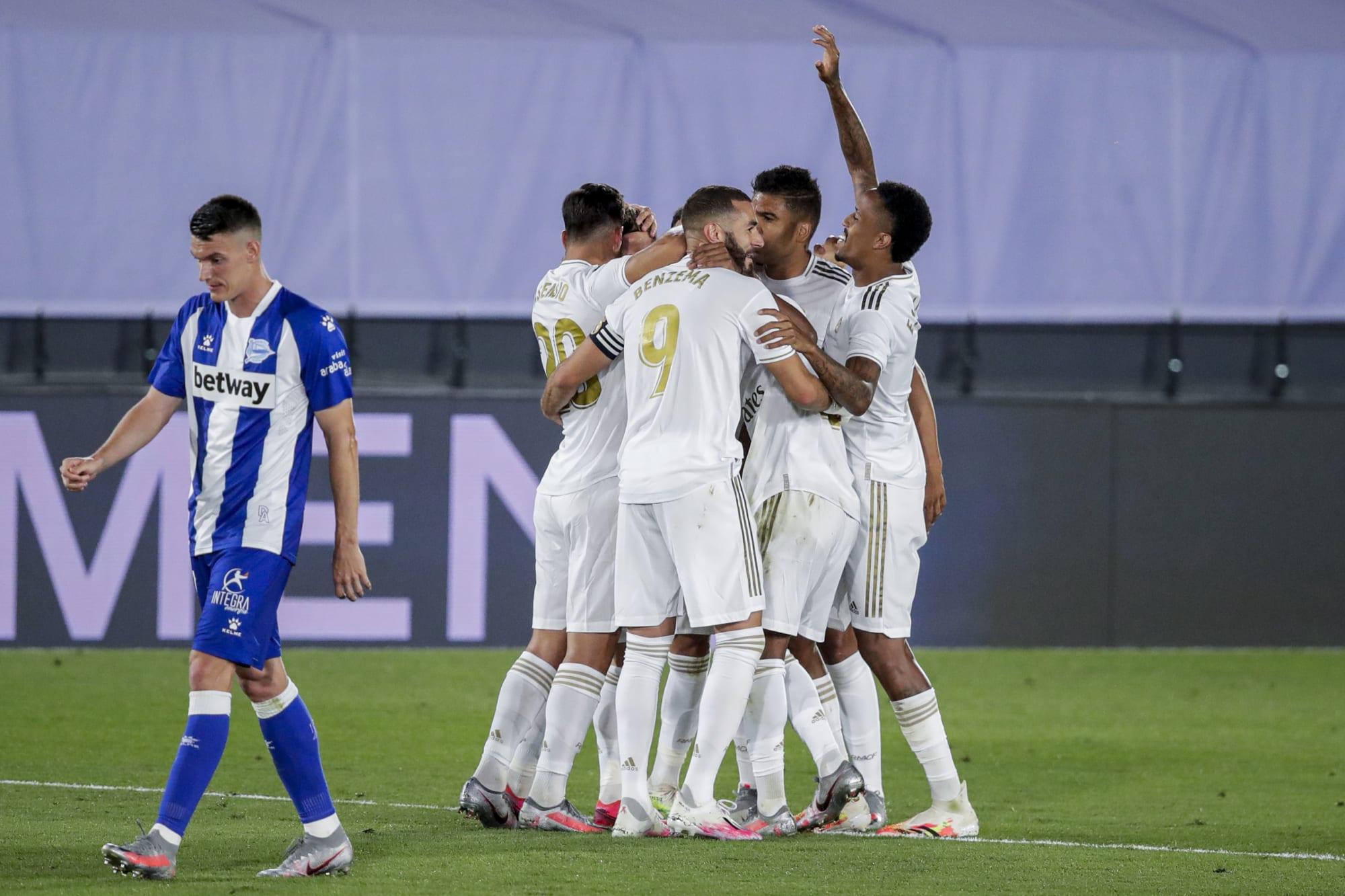 Key highlights as Karim Benzema helps Real Madrid beat Alaves 2-0