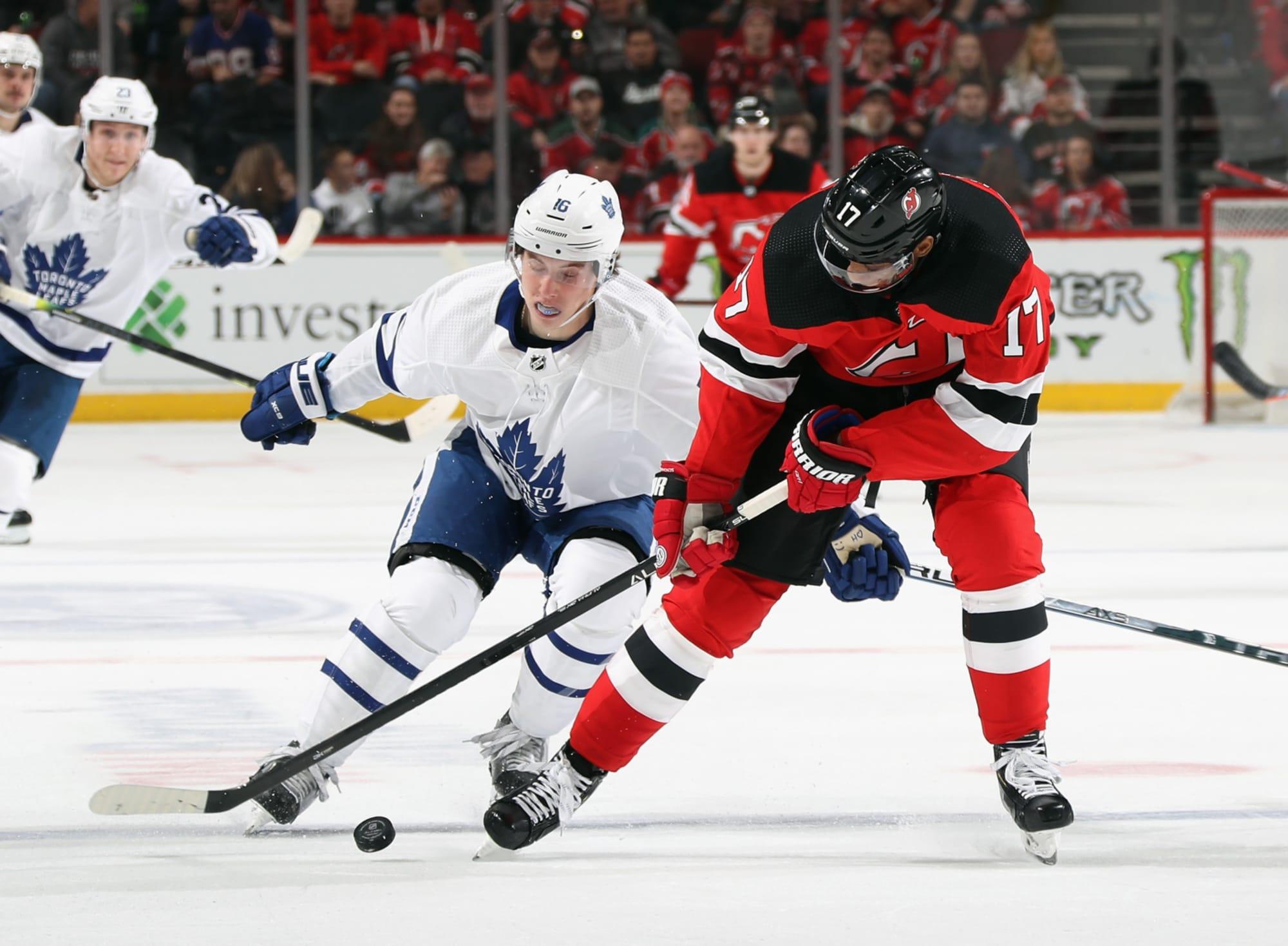 Toronto Maple Leafs Should Sign Wayne Simmonds