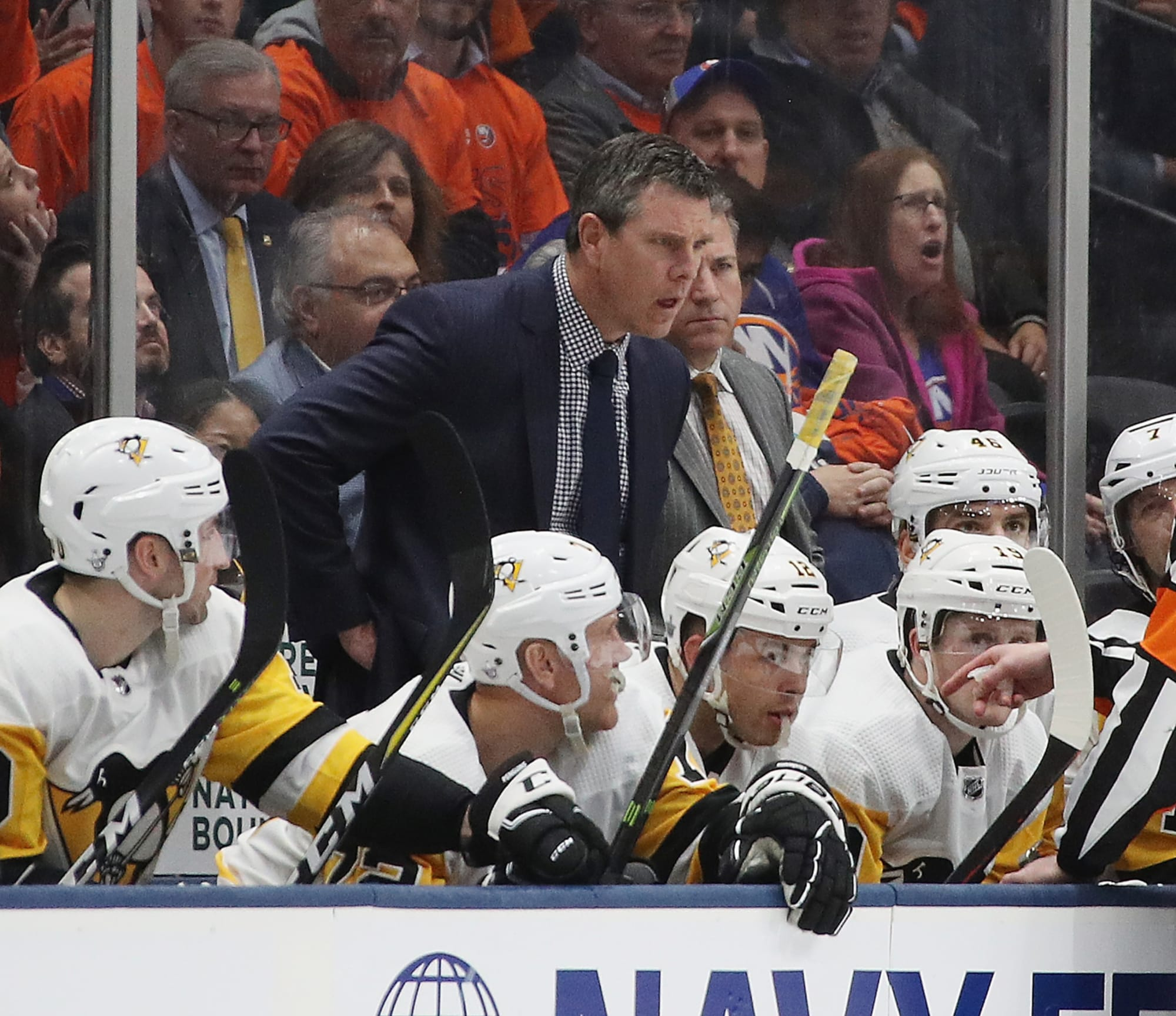 Pittsburgh Penguins: Mike Sullivan needs to take a look in the mirror