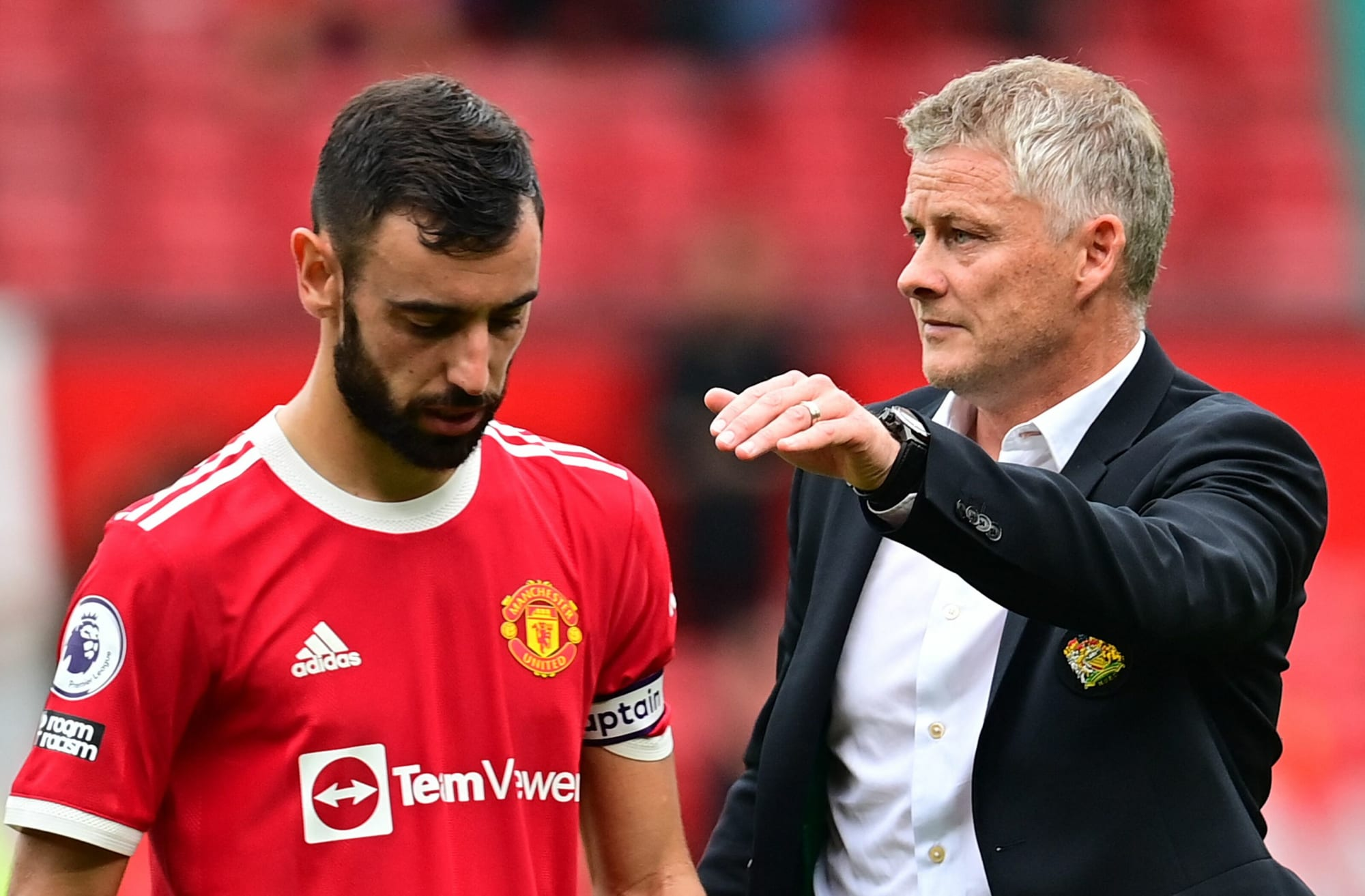 Fernandes reacts to Solskjaer Manchester United exit rumours