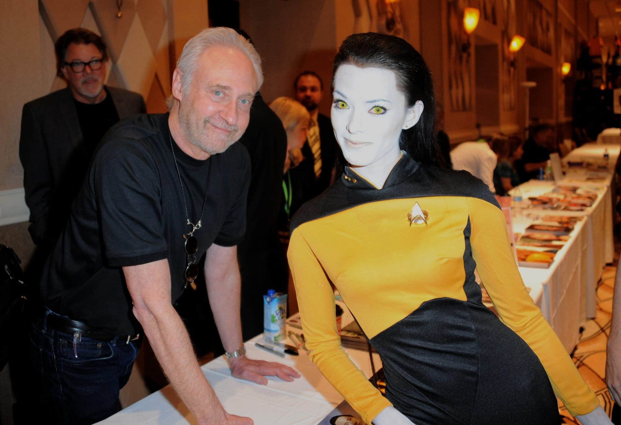 Star Trek The Next Generation: Data was going to save JFK