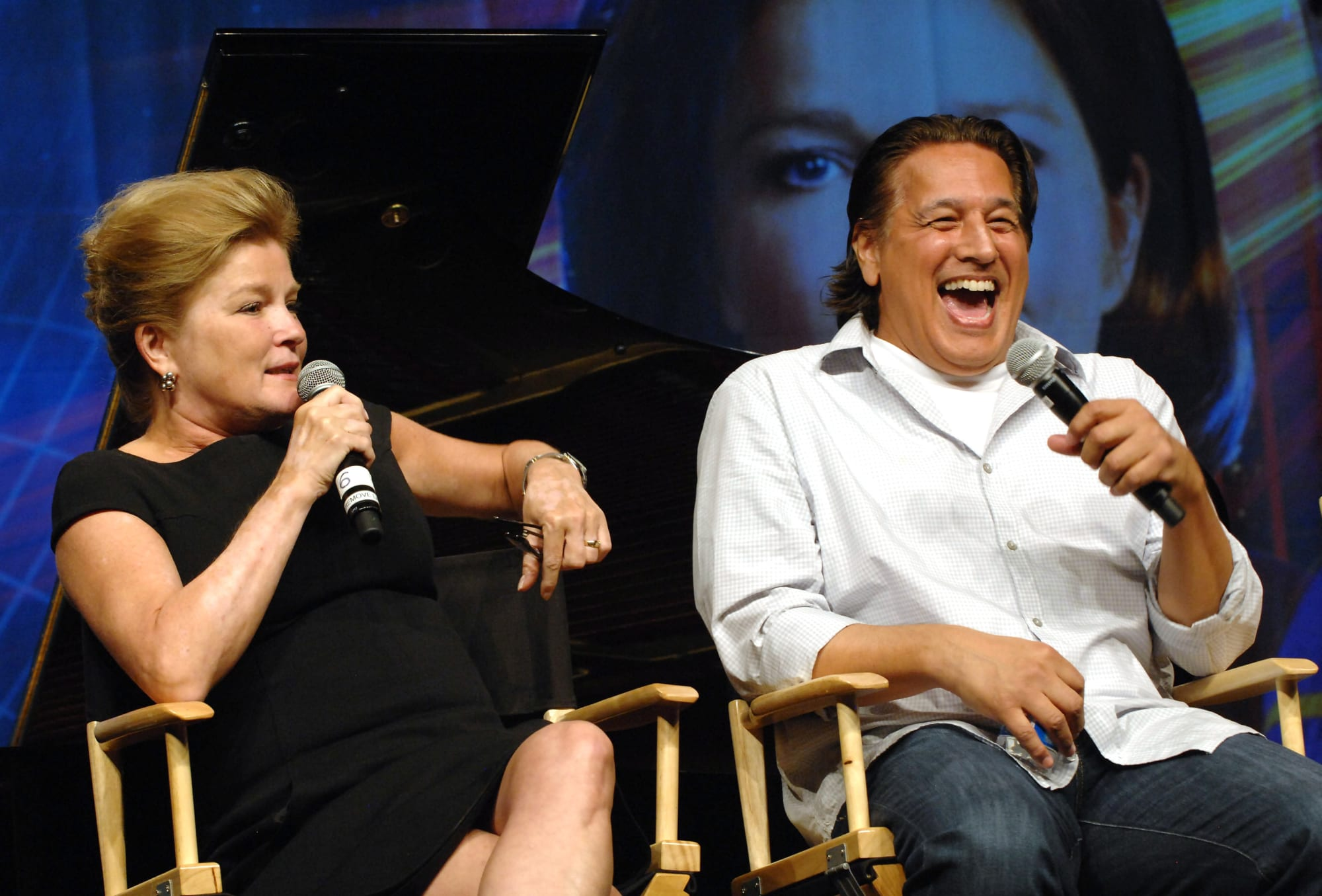 "Star Trek Voyager: Robert Beltran was no fan of ""The Killing Game"""