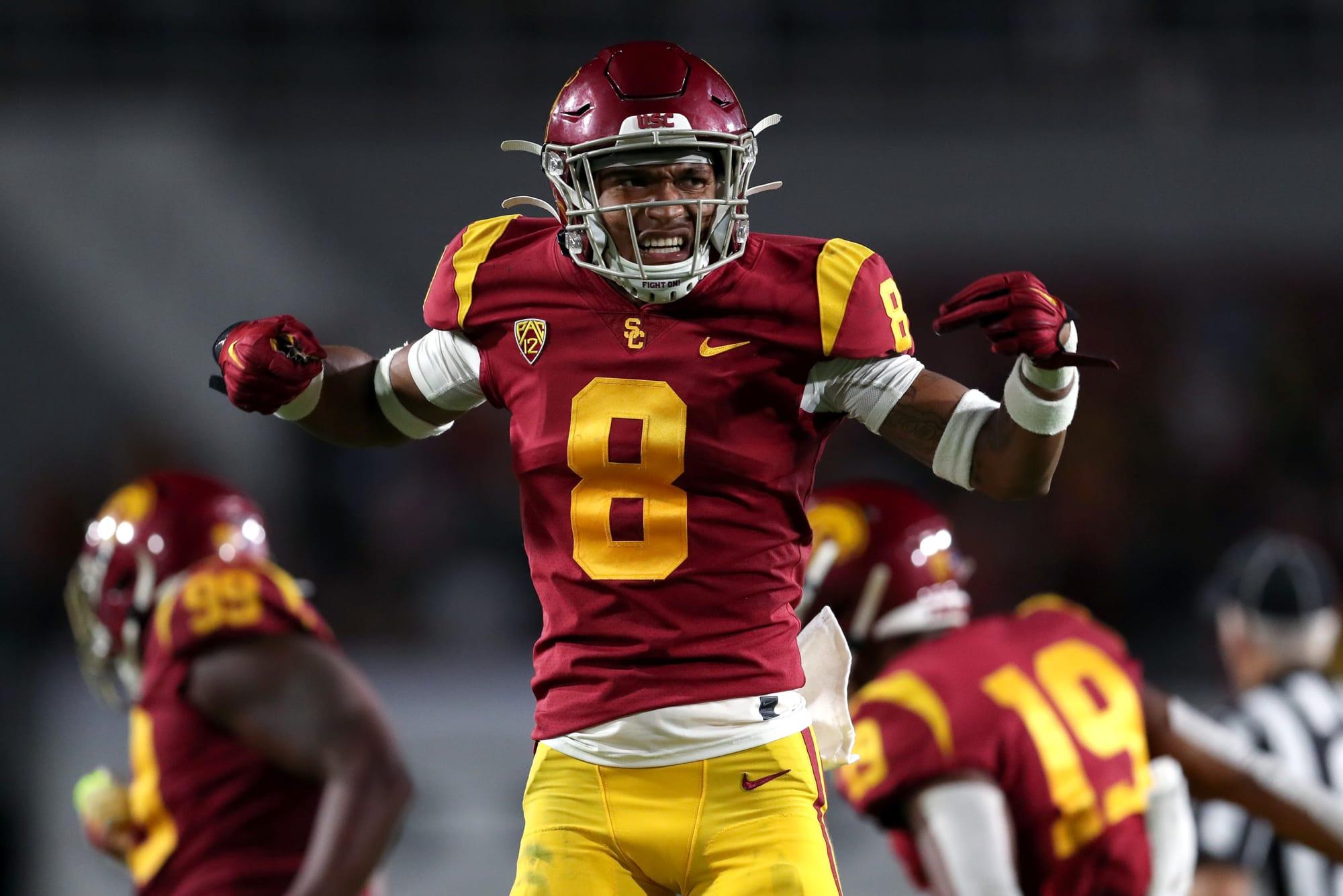 USC football players, fans celebrate new 2020 season on Twitter
