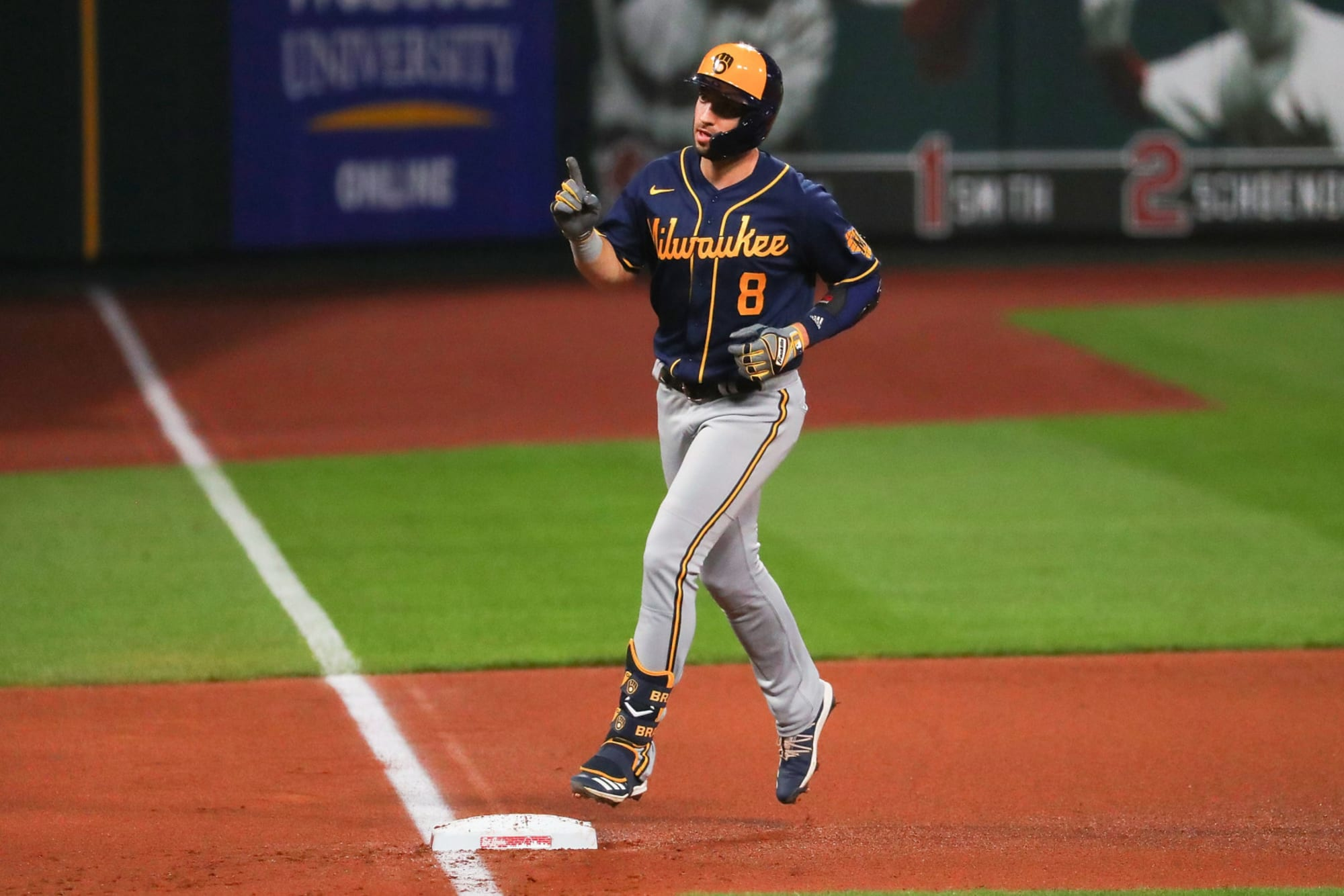 Brewers: Will Ryan Braun Retire Or Return For One More Year?