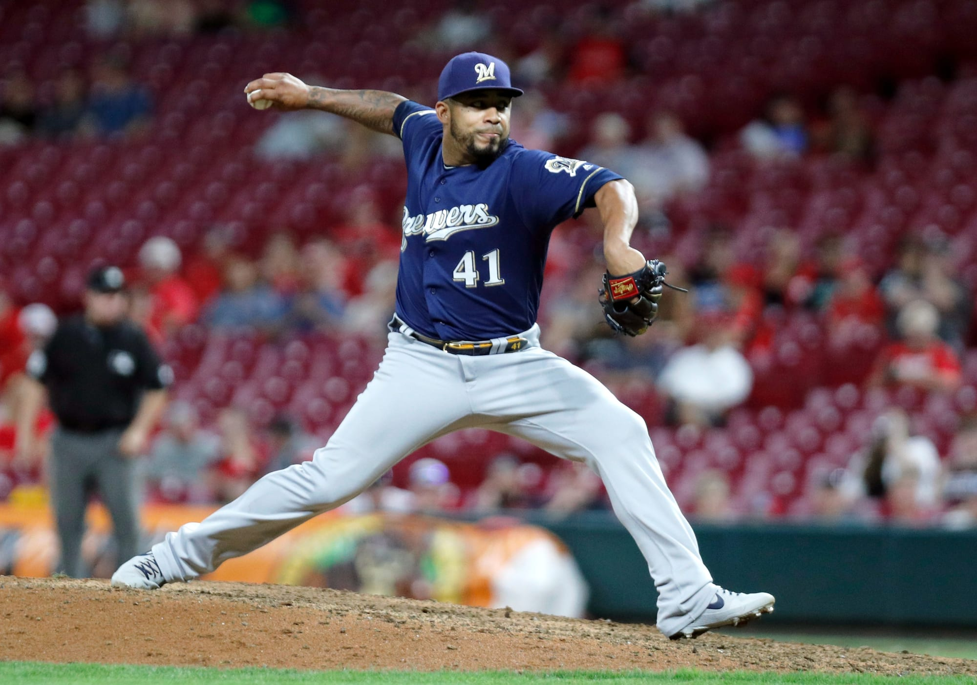 Brewers: Could the Crew Reunite With RHP Junior Guerra?
