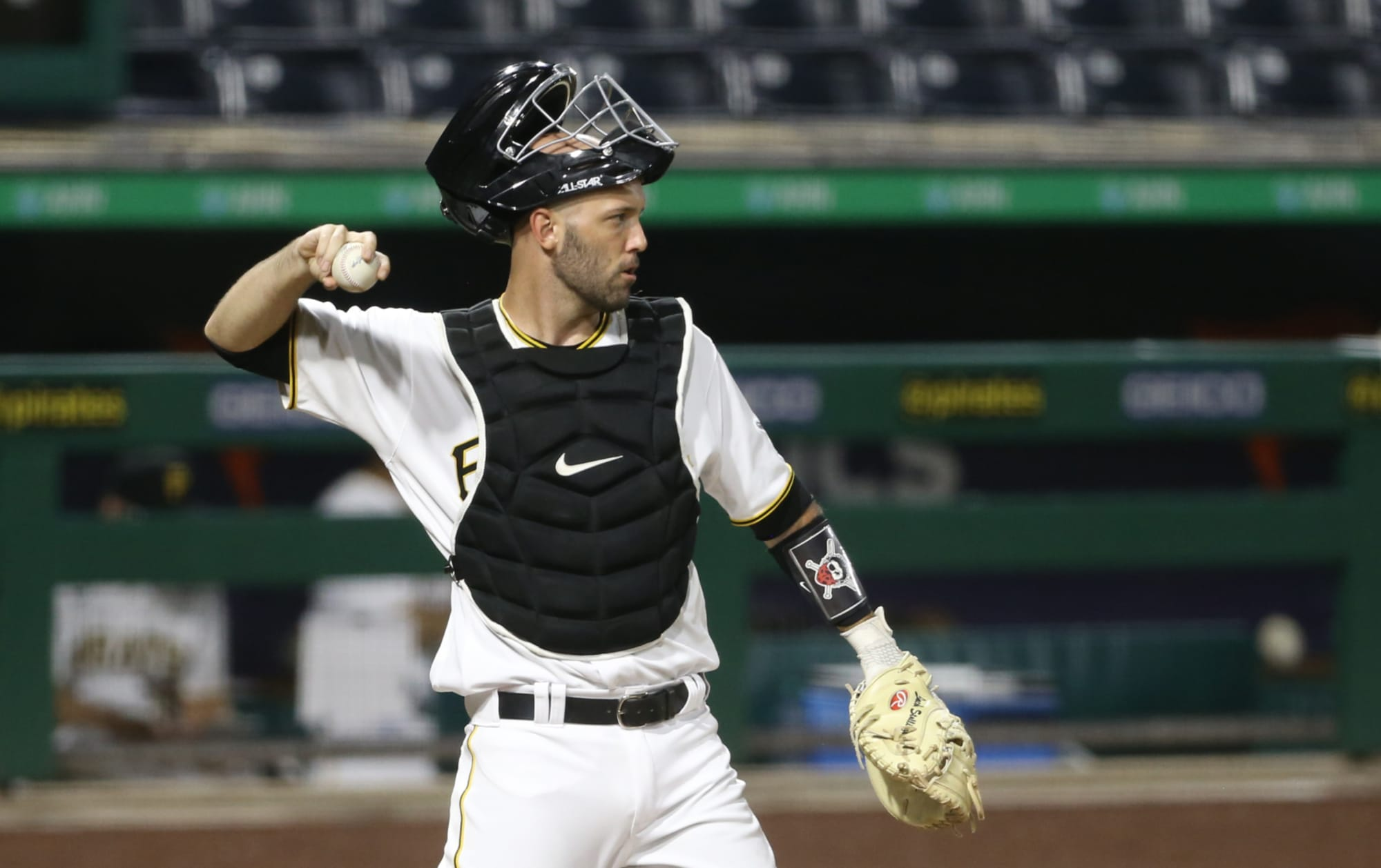 Pittsburgh Pirates: Jacob Stallings Should Win the Gold Glove