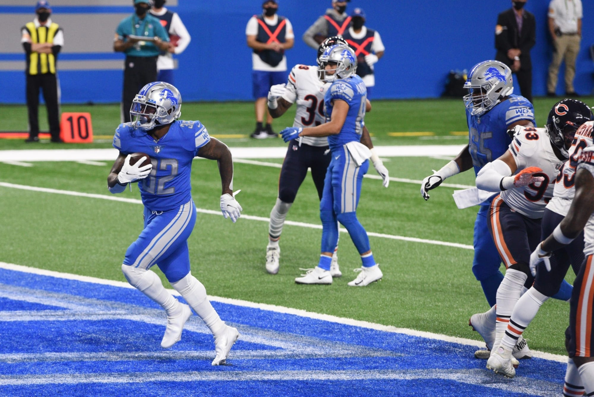 Can the Detroit Lions establish a new team identity?