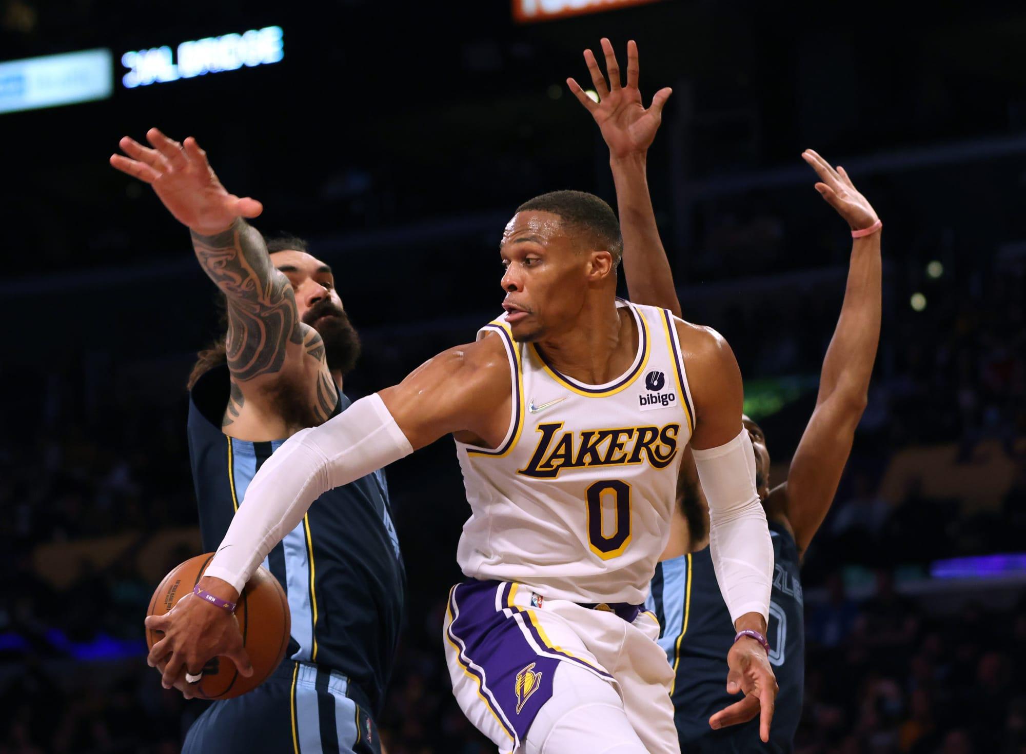 Los Angeles Lakers: Panic or patience regarding Russell Westbrook?