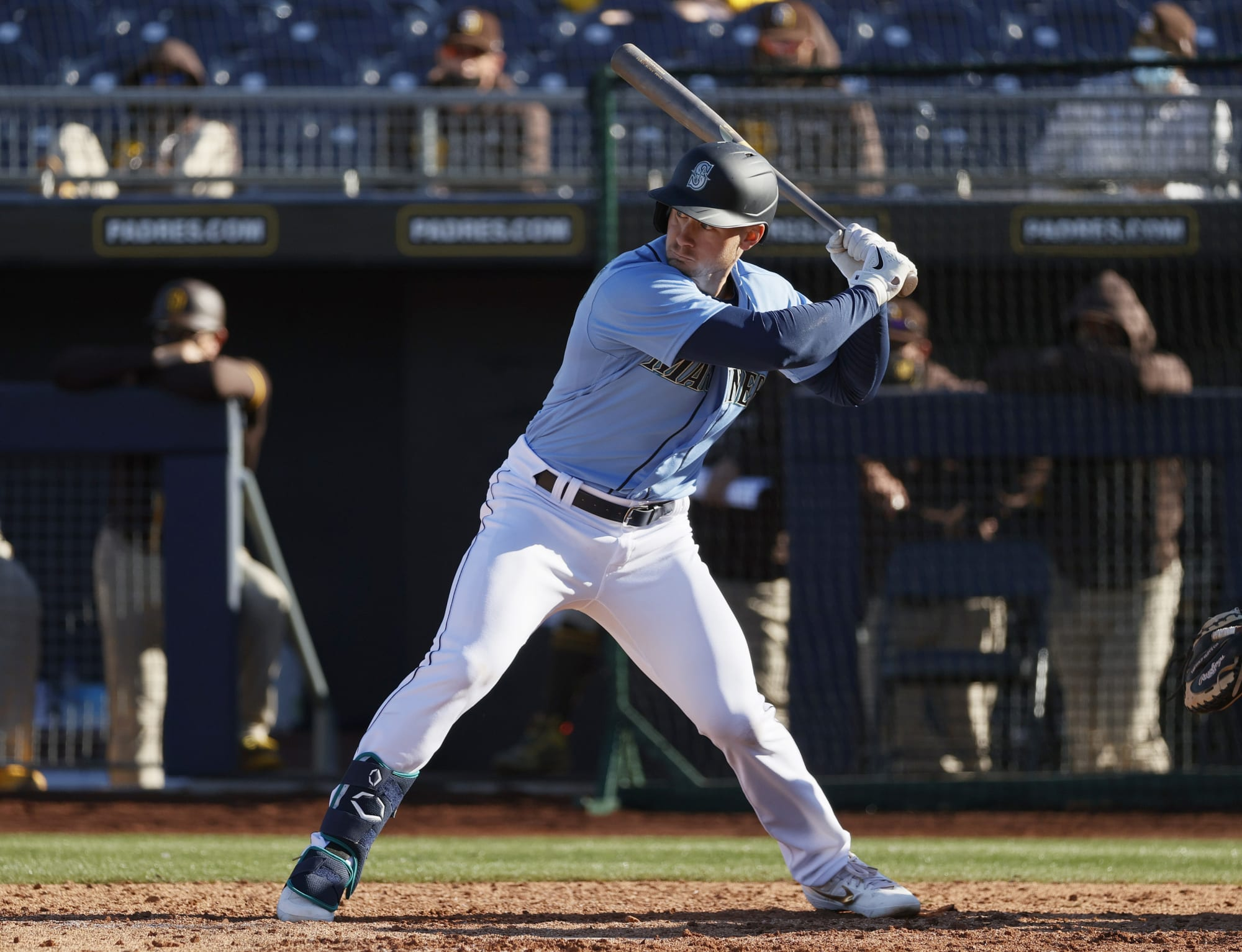 Lots of home runs from the Mariners: Kelenic and Trammell homer