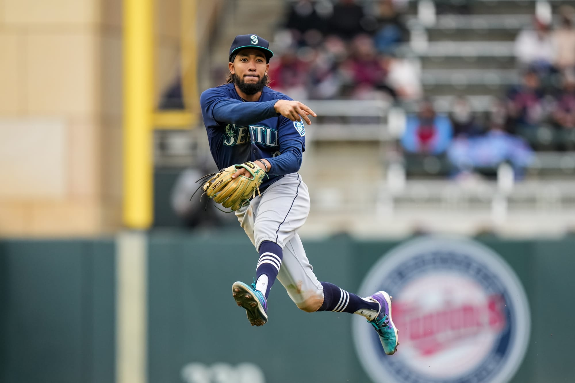 Can Seattle Mariners SS J.P. Crawford win another Gold Glove?