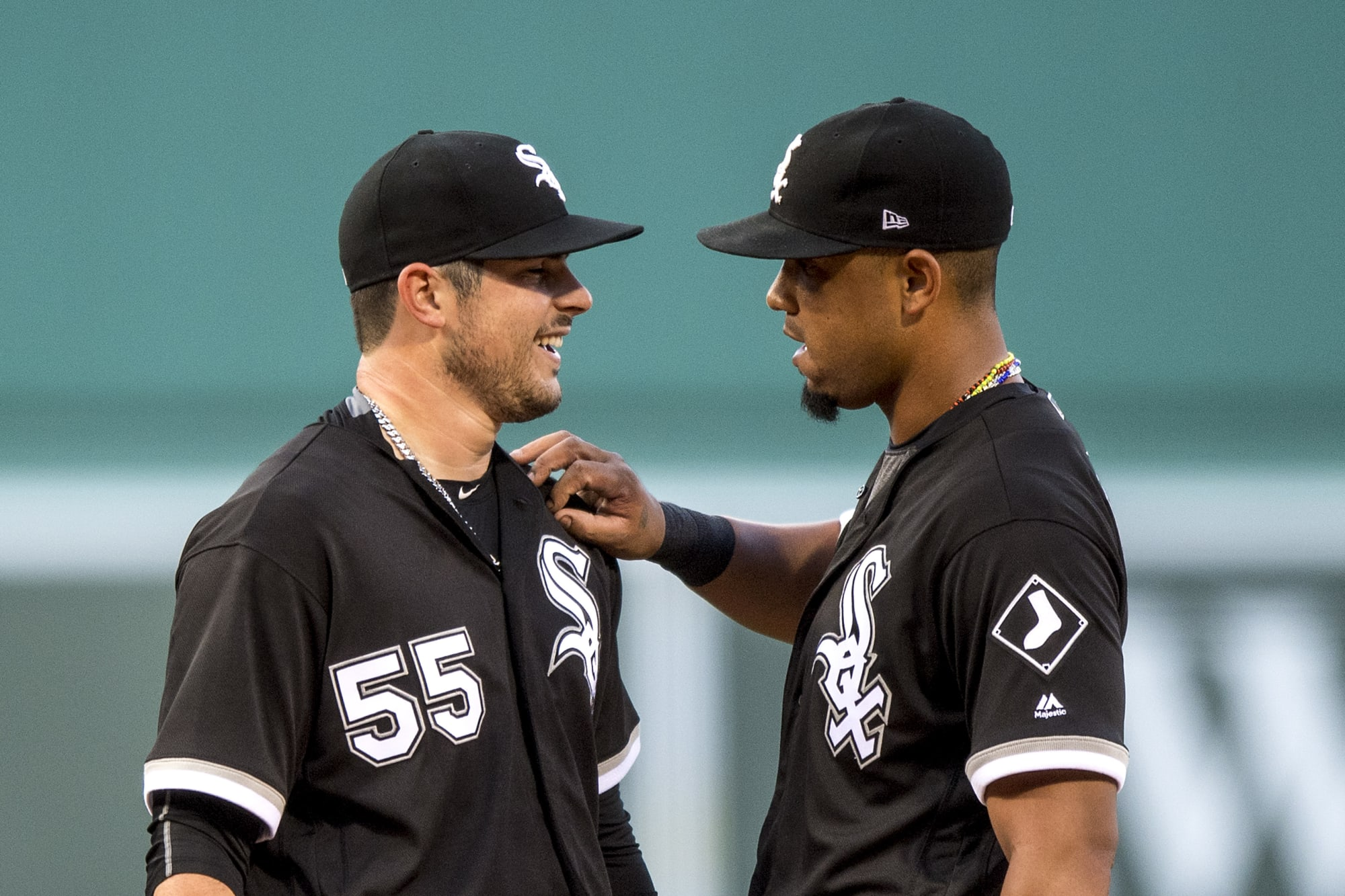 White Sox Video: Jose Abreu saves Carlos Rodon's no-hitter