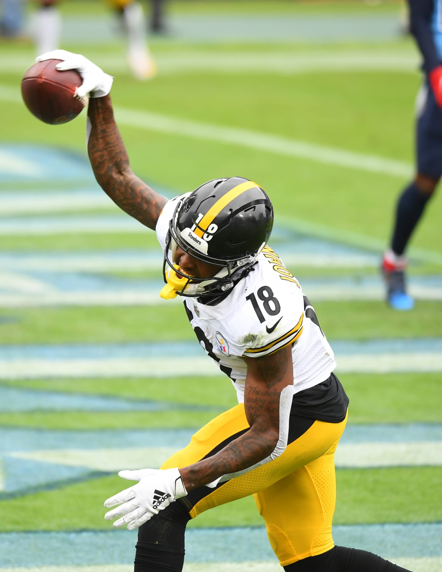 Steelers Improve to 6-0 with many Odd Stats Against Titans