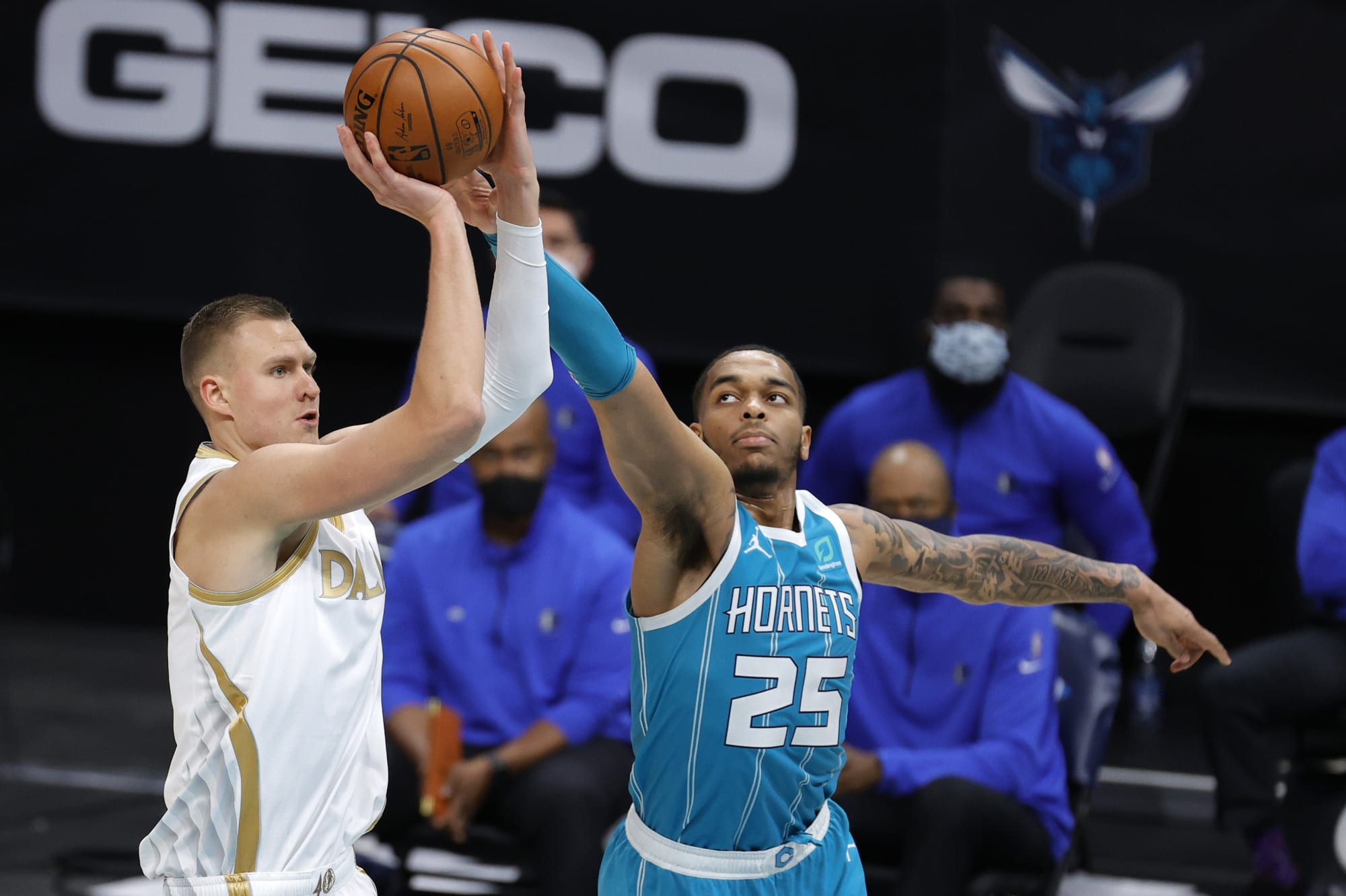 Why the Charlotte Hornets shouldn't trade for Kristaps Porzingis
