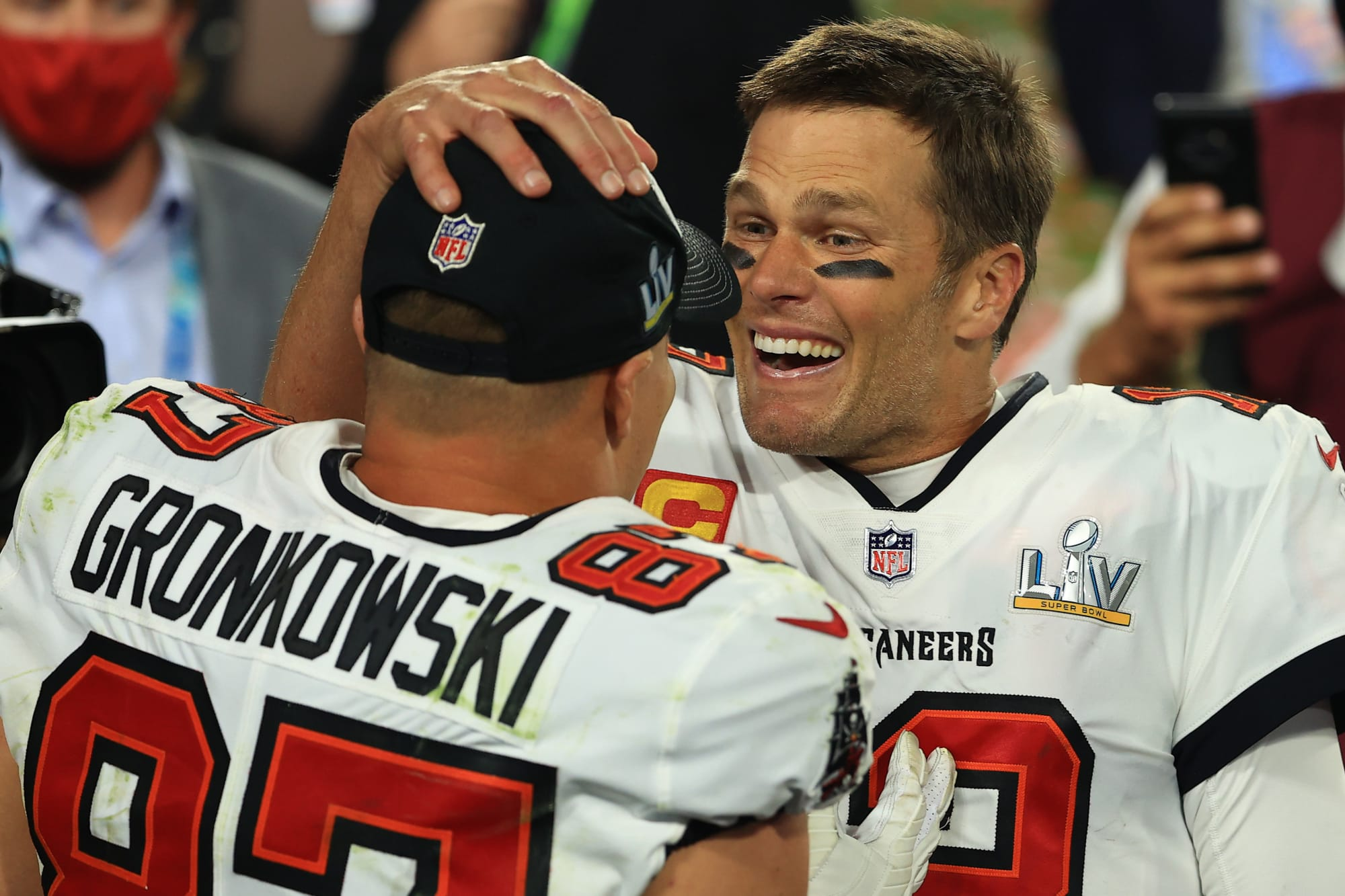 Tom Brady and the Buccaneers robbed of yet another award