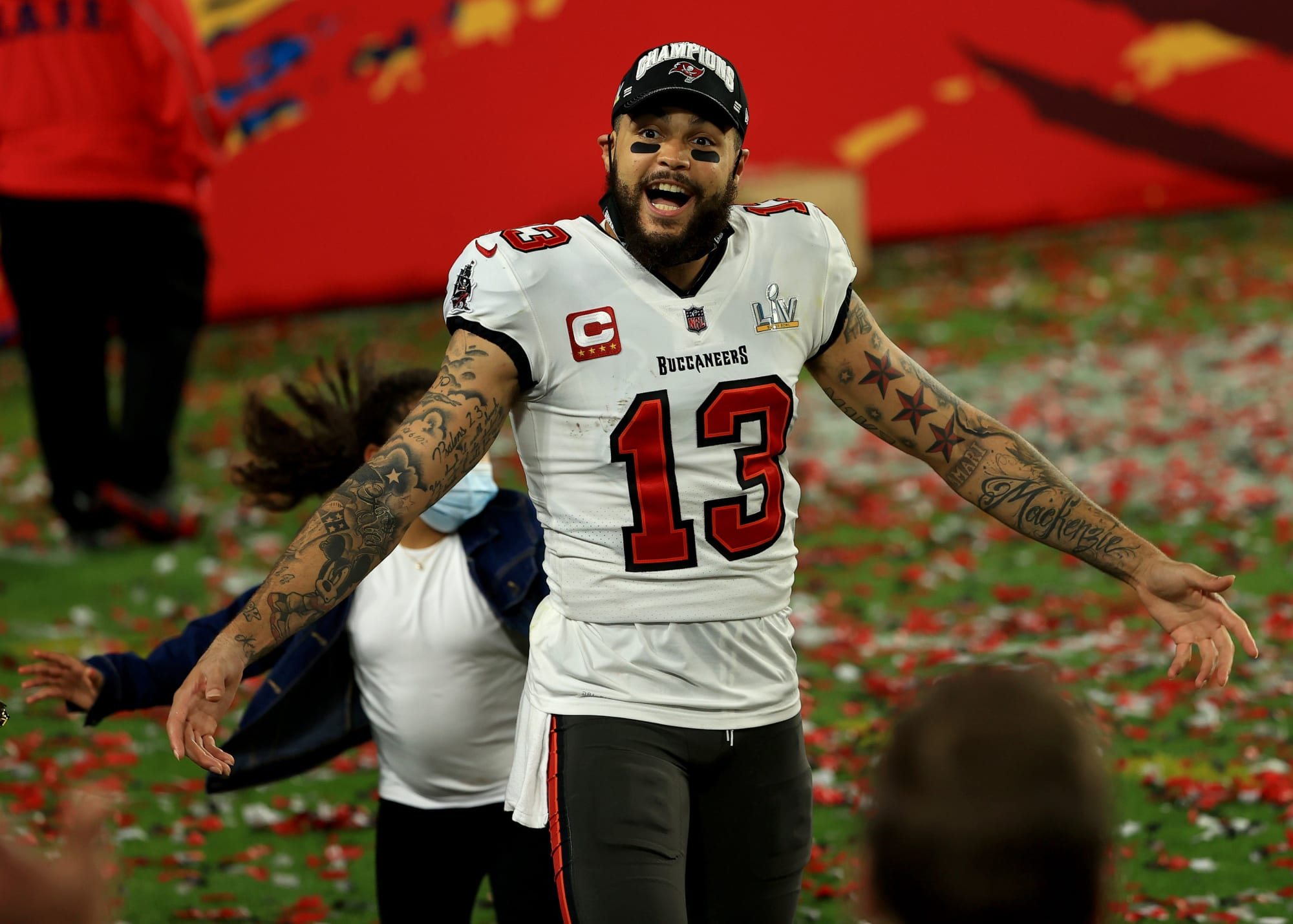 Buccaneers: Mike Evans primed to extend record in 2021