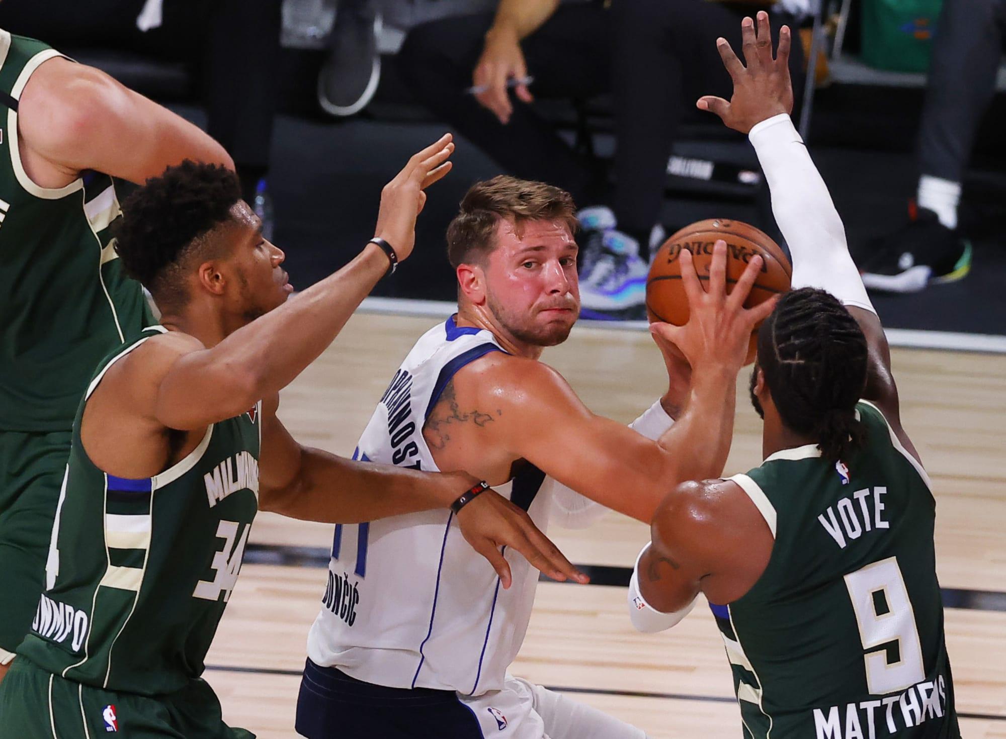 Mavericks: Luka Doncic dazzles and more takeaways from win vs. Bucks