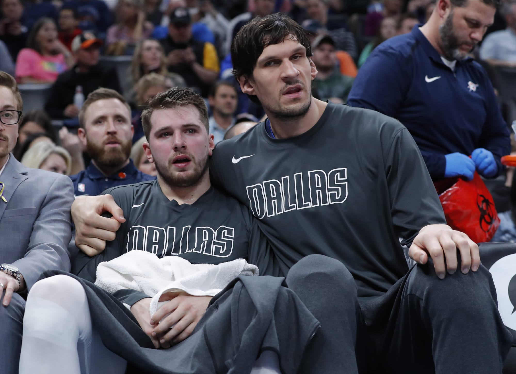 Mavericks: Luka Doncic and Boban Marjanovic hilariously go one-on-one