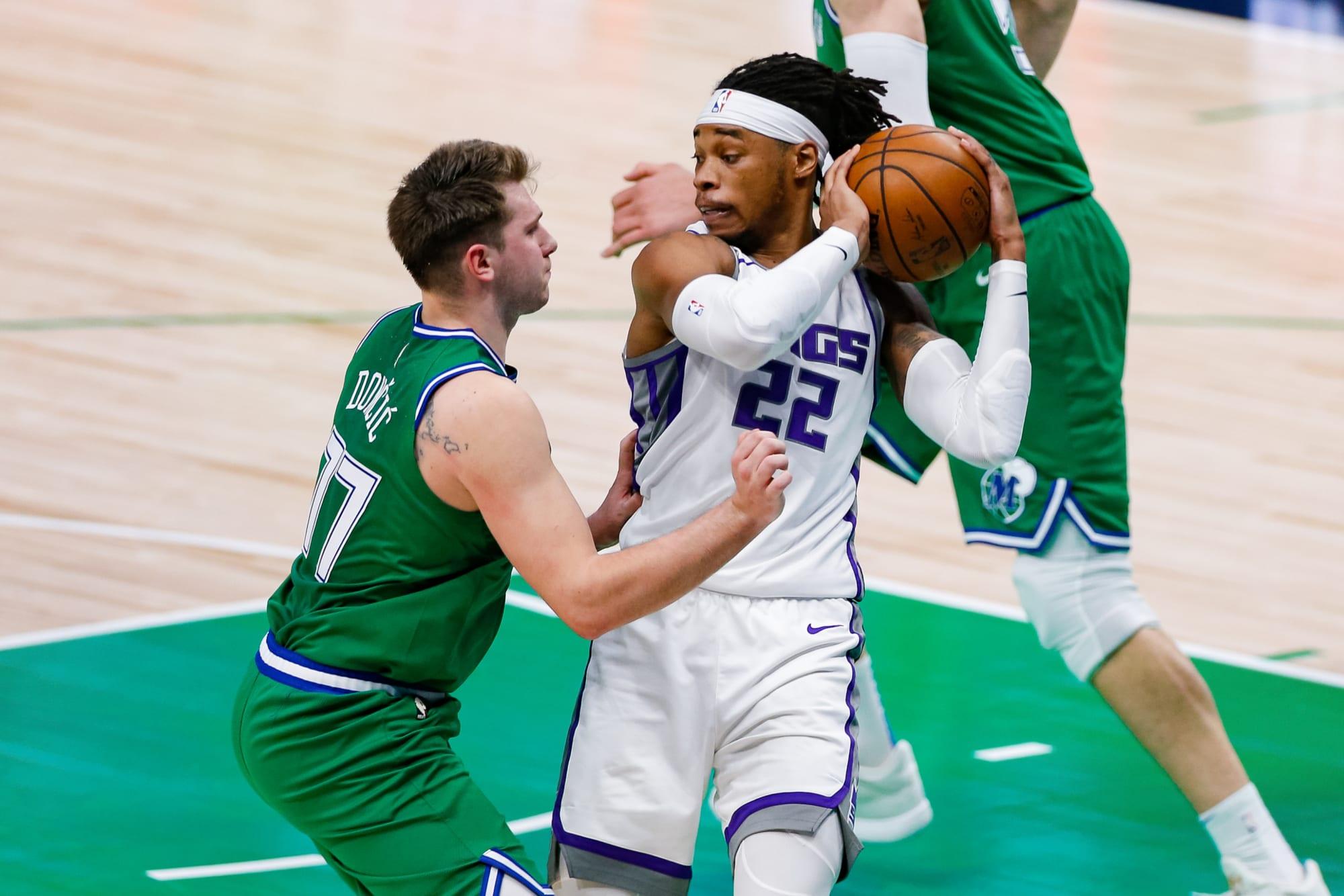 Dallas Mavericks rumors: Team targeting Richaun Holmes