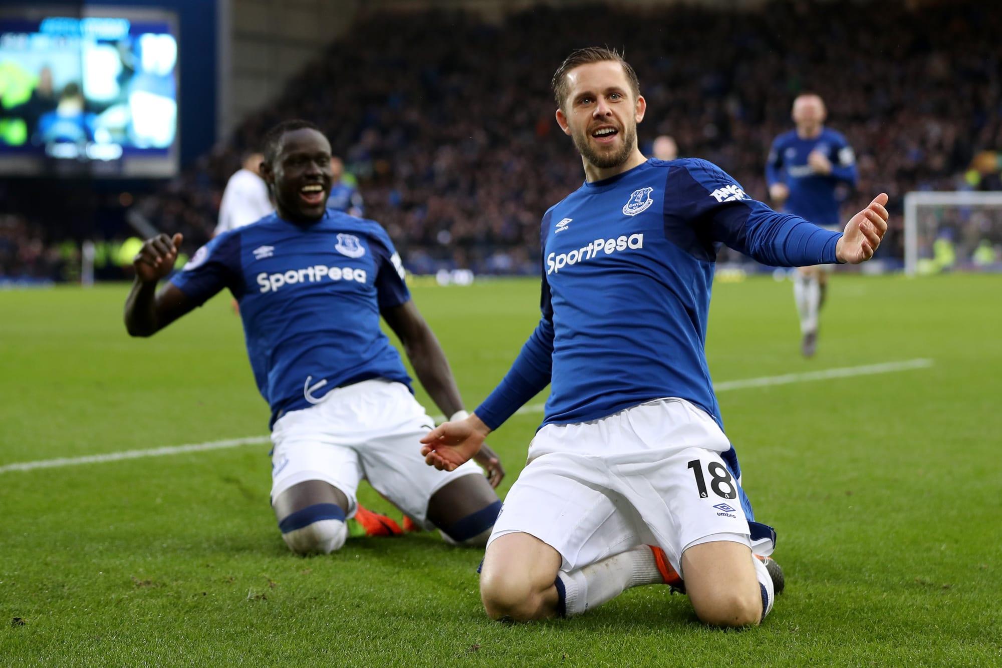 Everton S