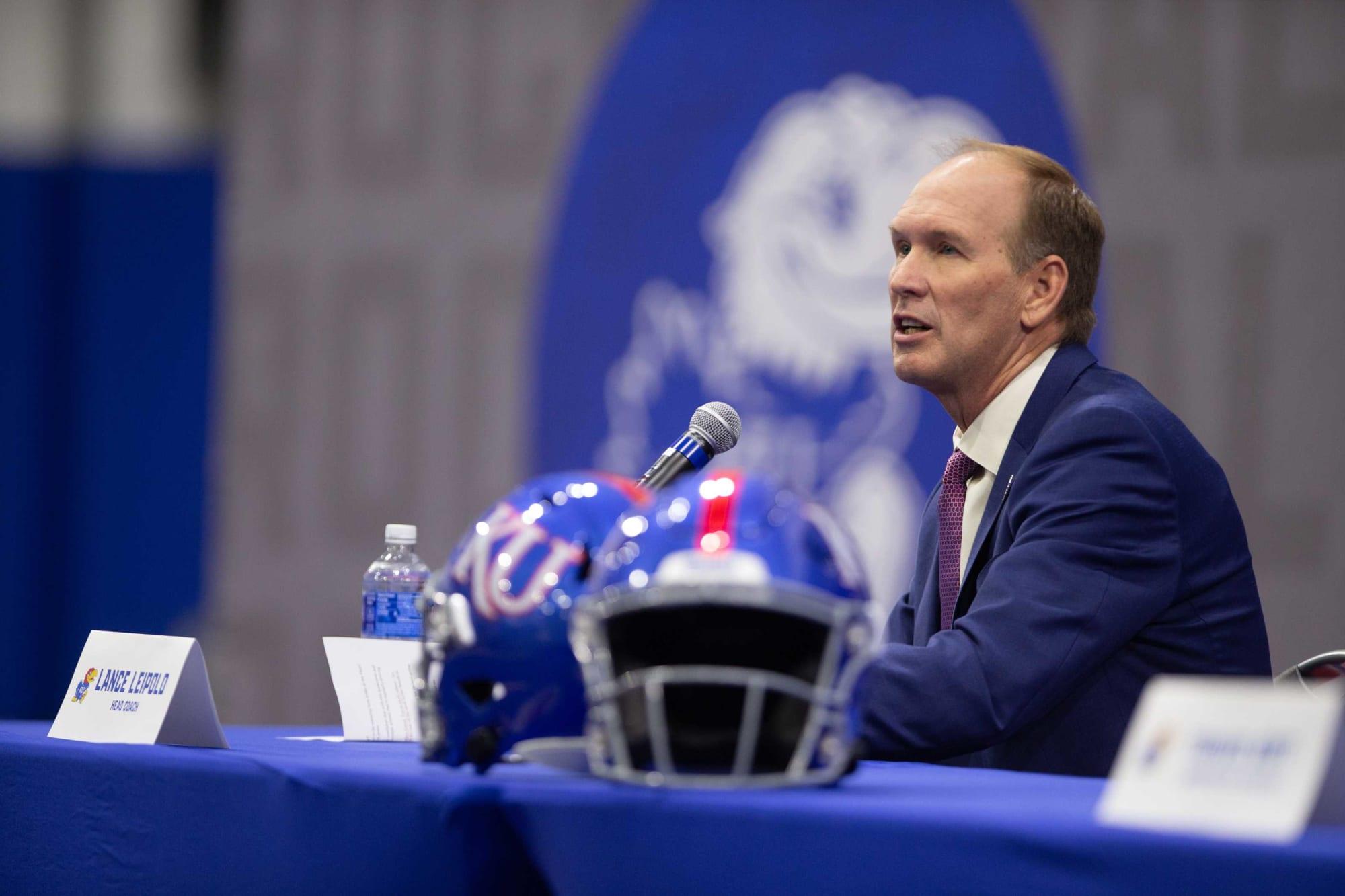 Kansas football holding onto Emmett Jones is a smart move for Coach Leipold