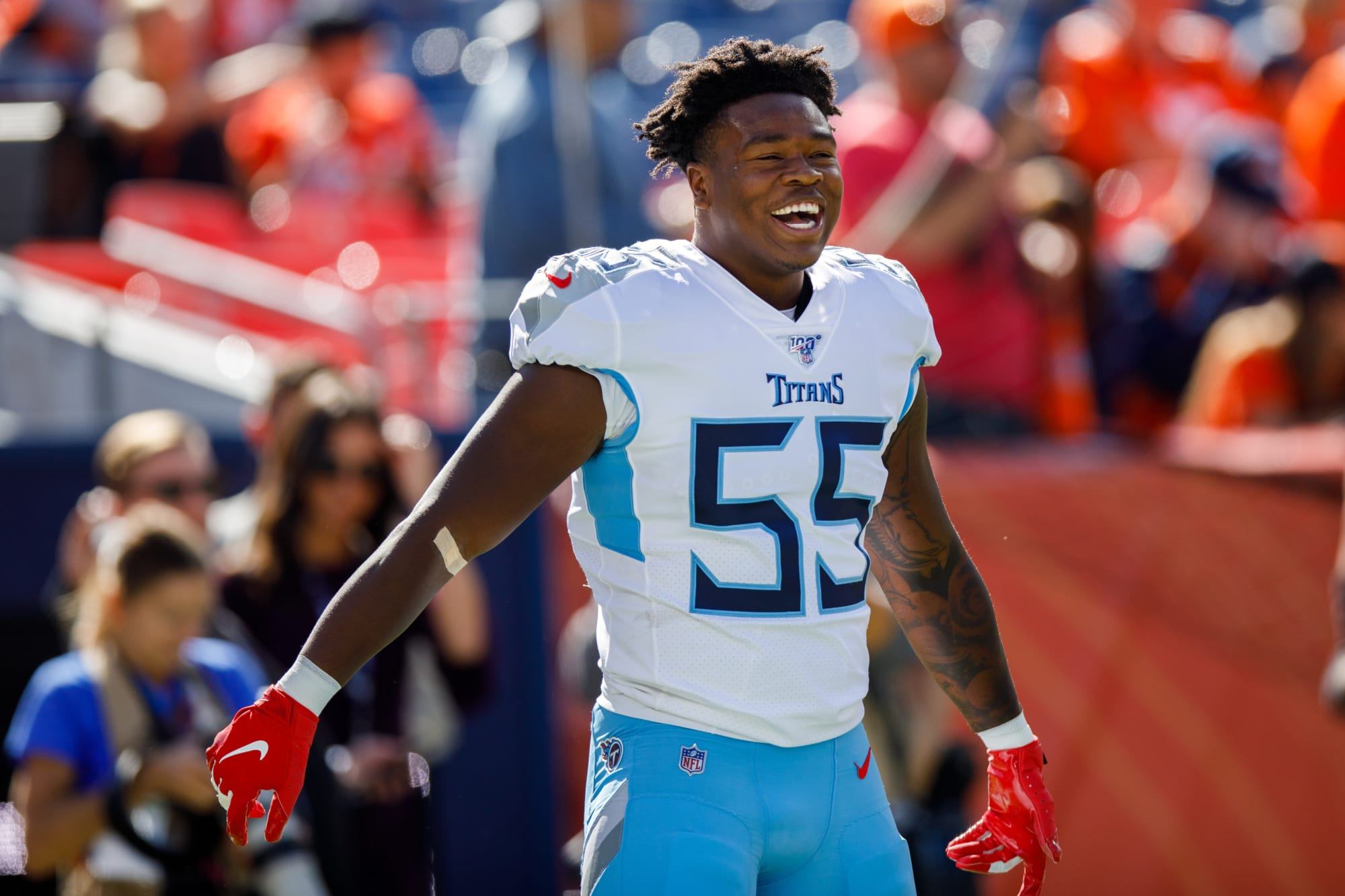 Tennessee Titans LB Jayon Brown tries out a different type of football