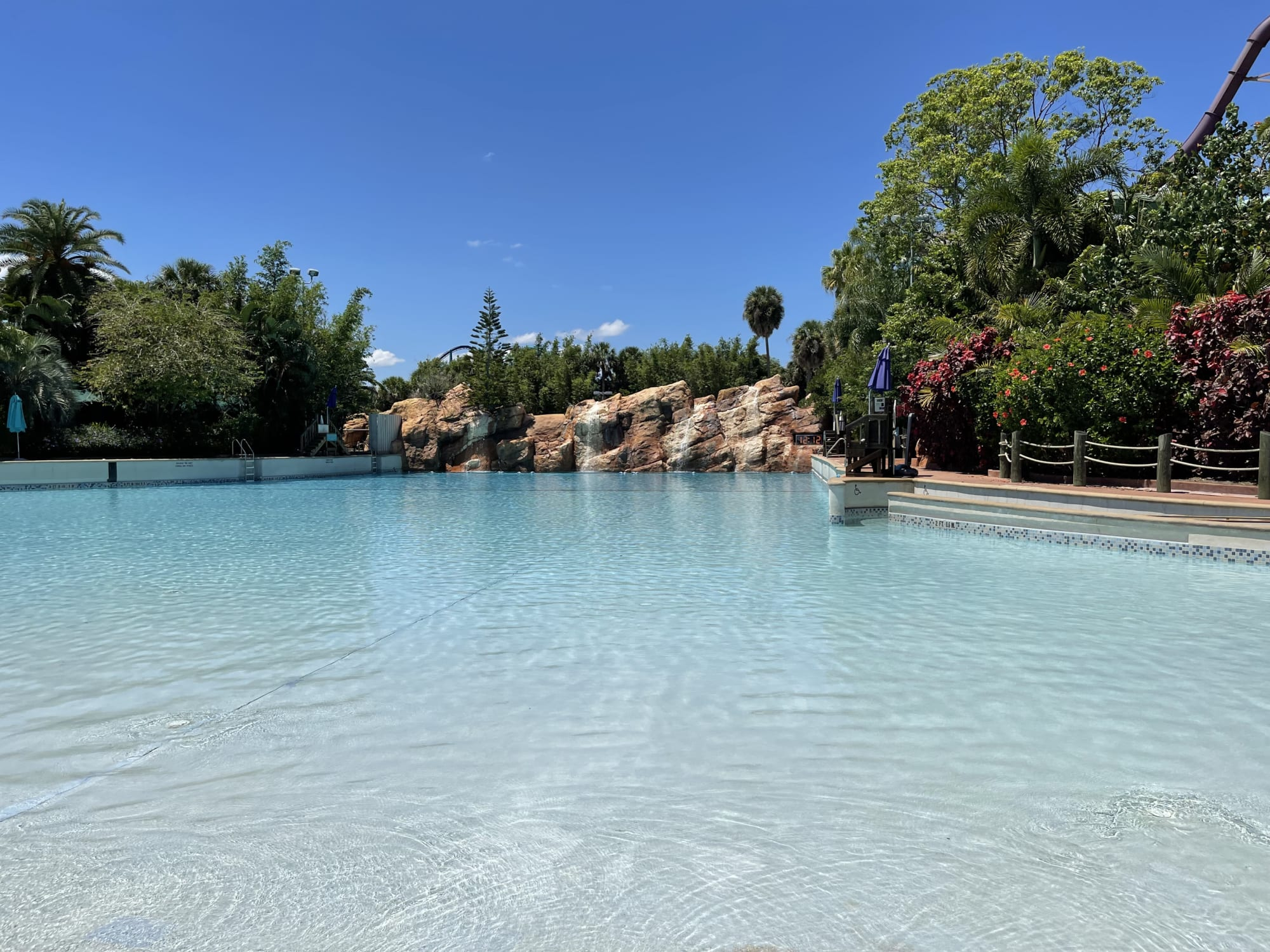 """Aquatica: The """"You have to be kidding me!"""" customer service review"""
