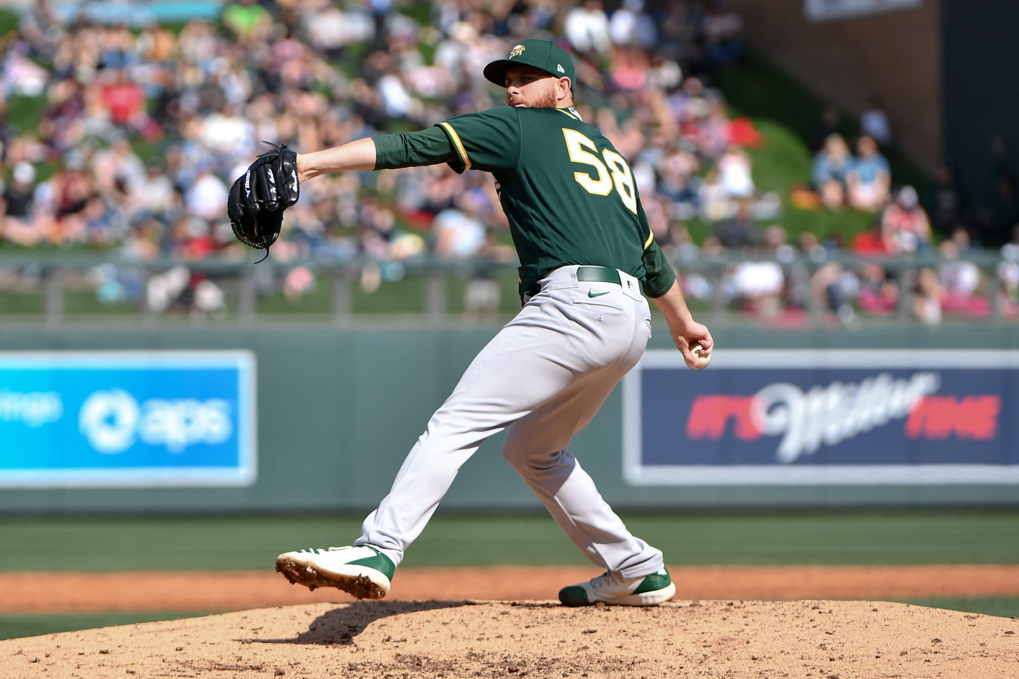 Oakland A's make inevitable move with Paul Blackburn