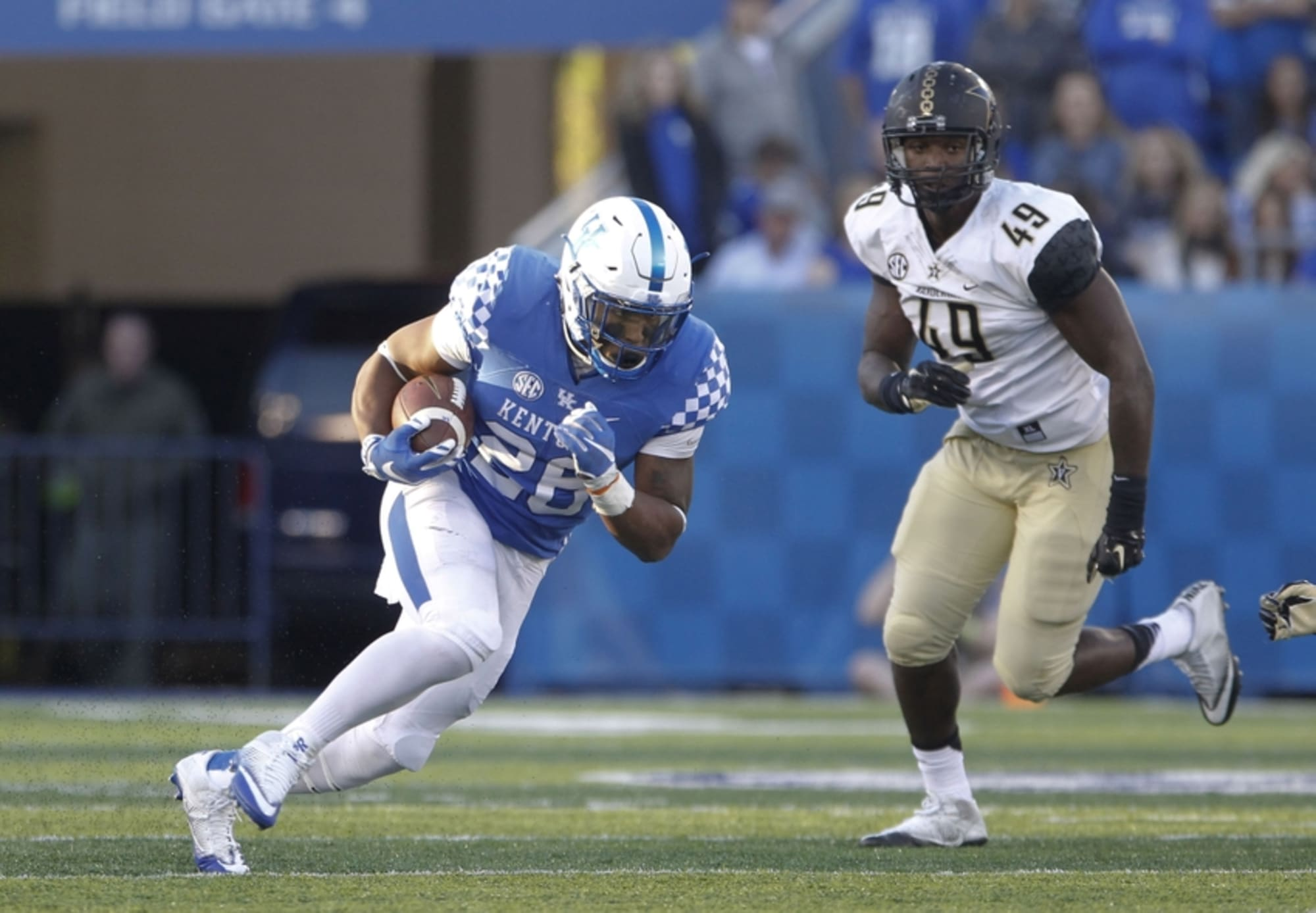 Kentucky Football: Benny Snell Jr. Is The Future At UK
