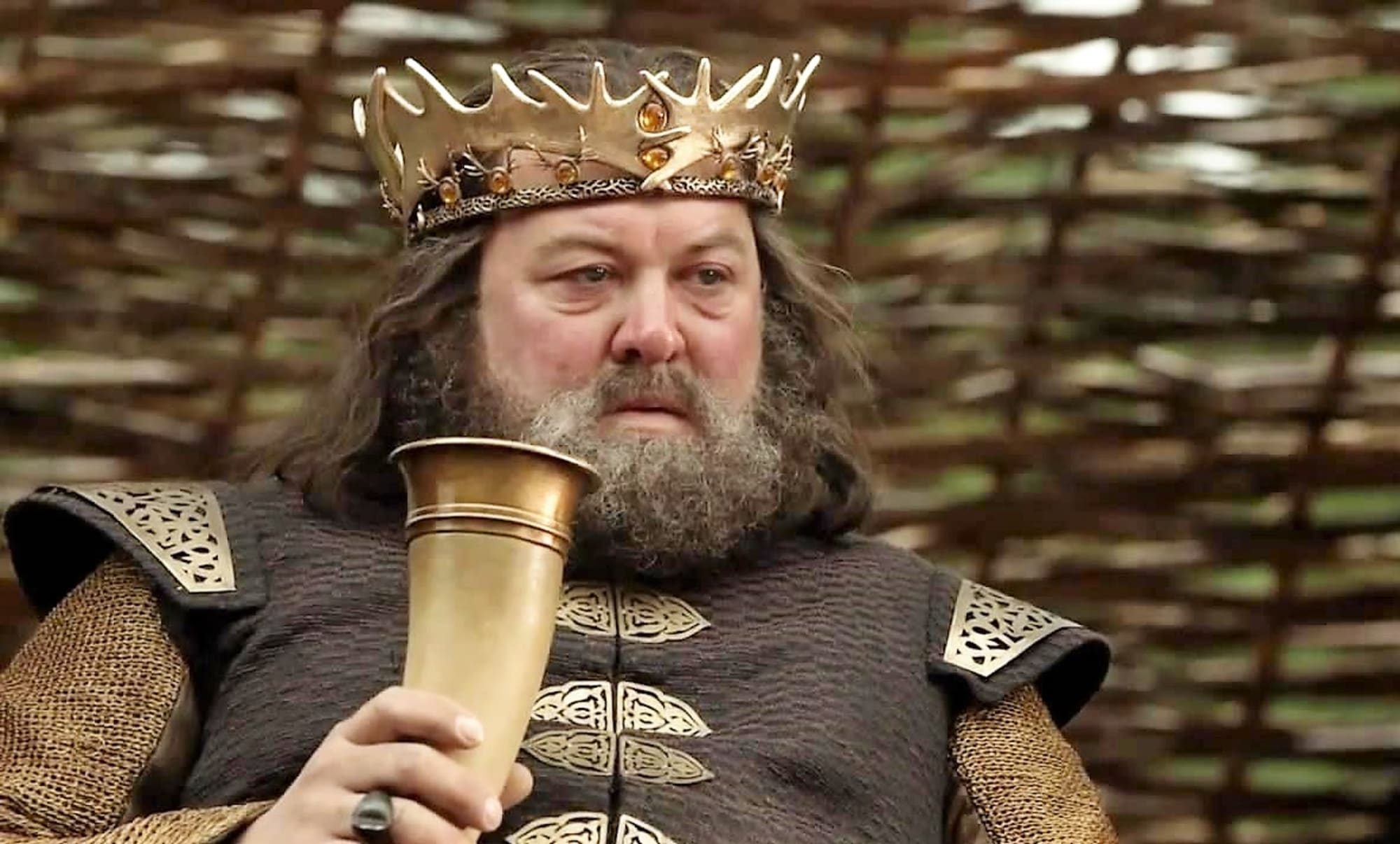Mark Addy uses his kingly celebrity to honor famous cat, and other stuff