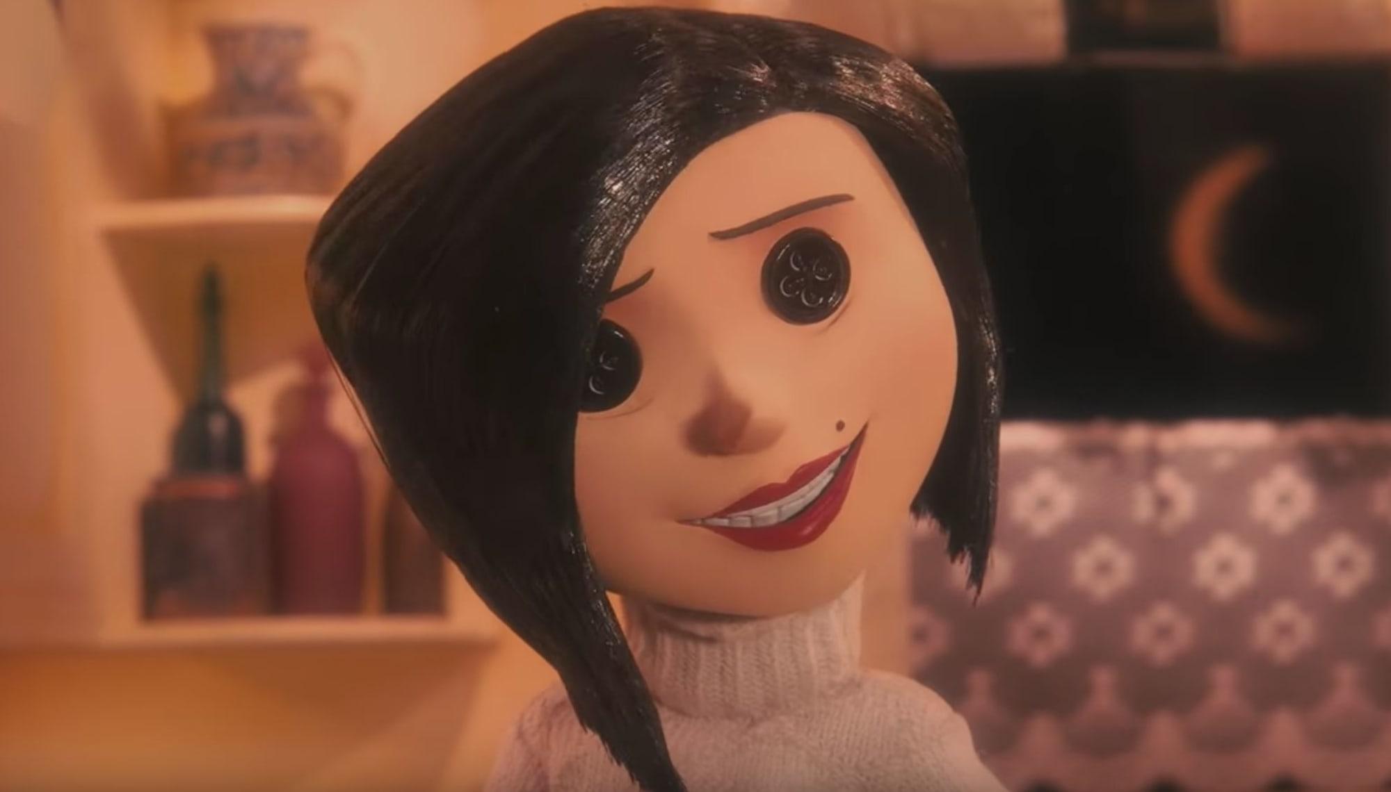 Neil Gaiman Shoots Down Live Action Coraline Movie The Internet Invented