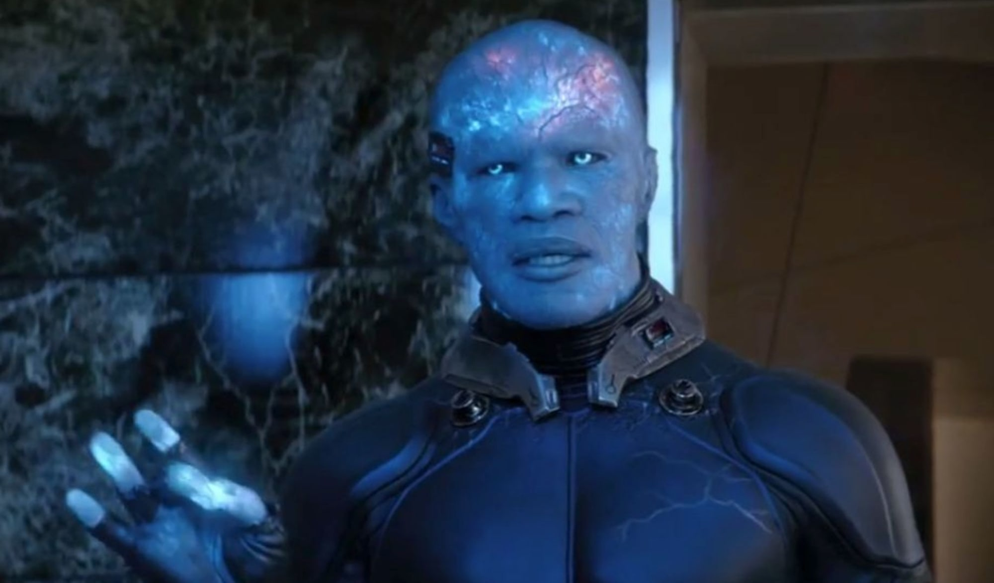 Jamie Fox as Electro was wildly unconvincing and was completely ill fit for the character.