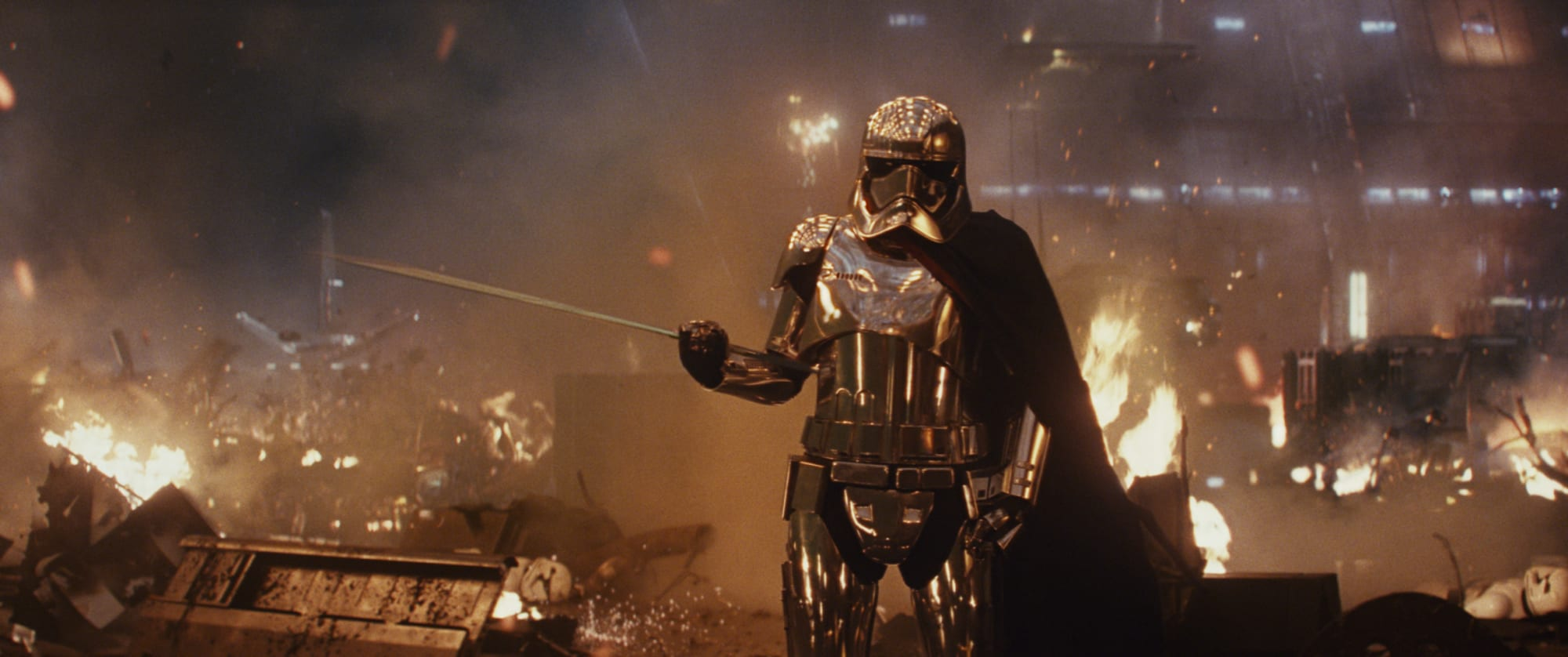 Twitter is pretty sure Star Wars fan shouldn't name his daughter Captain Phasma