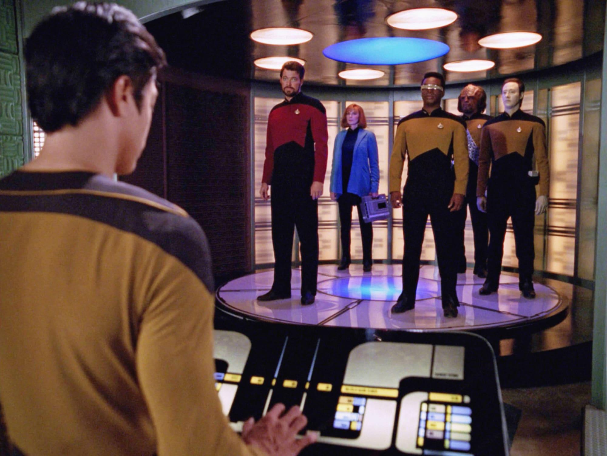 "Star Trek: The Next Generation cast skewers racially regressive, ""embarrassing"" episode"