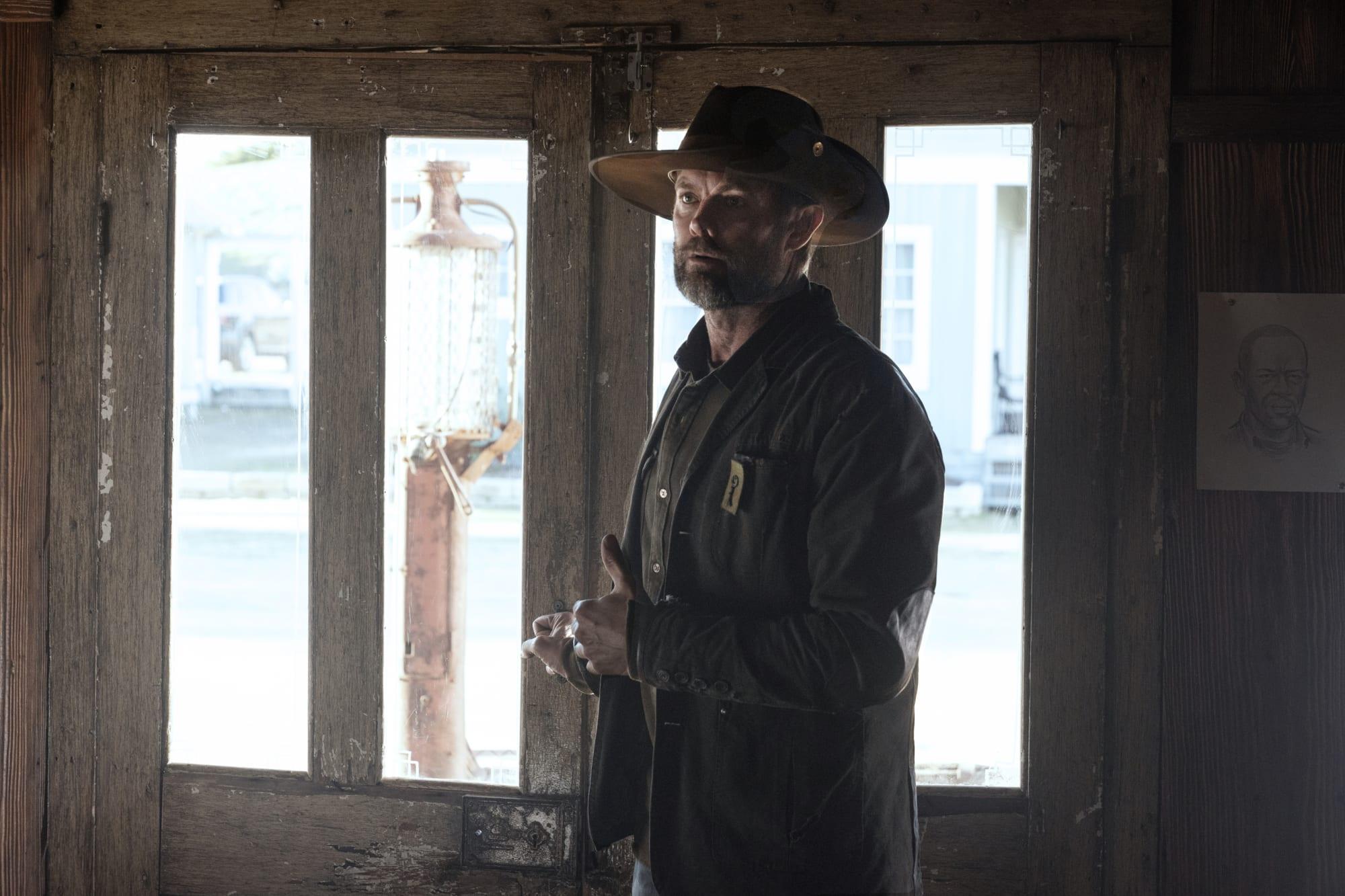 Fear the Walking Dead star talks John Dorie's shocking end