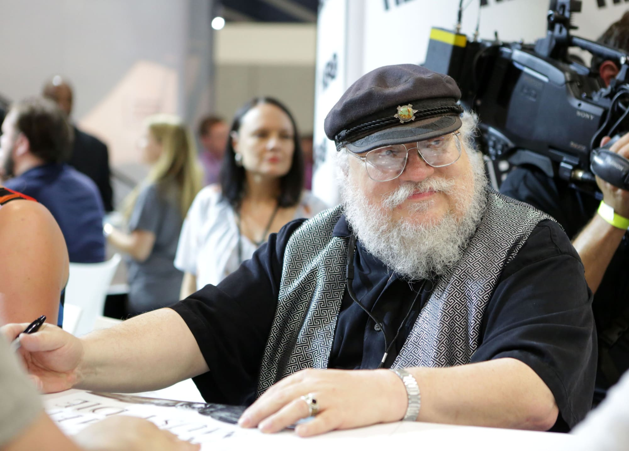 "George R.R. Martin thinks ""social media is having terrible effects on our society"""