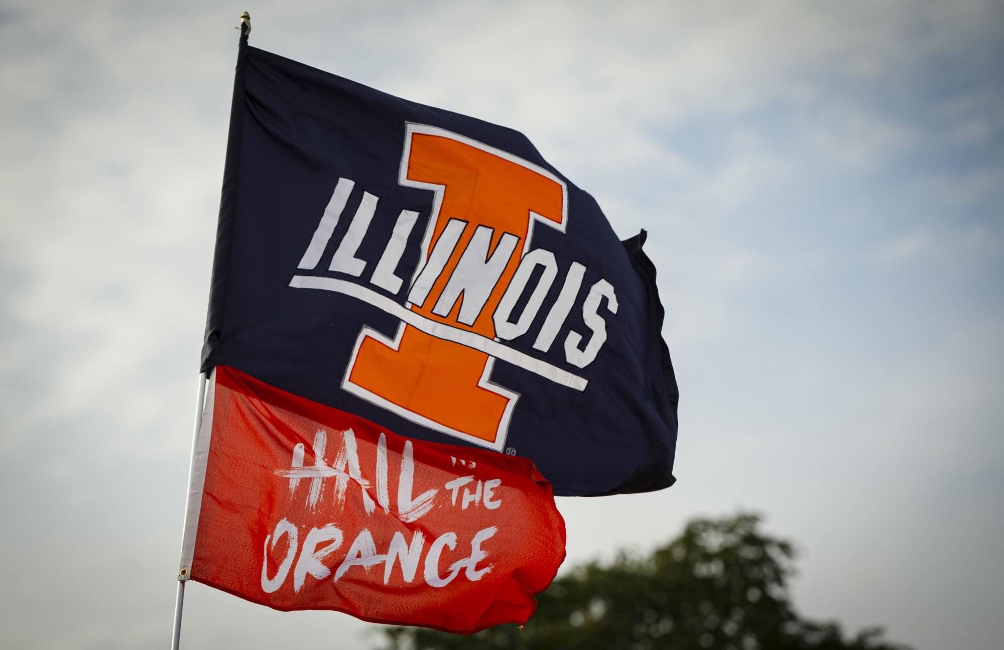 Illinois Football: Graduate transfer Akayleb Evans receives Illini offer