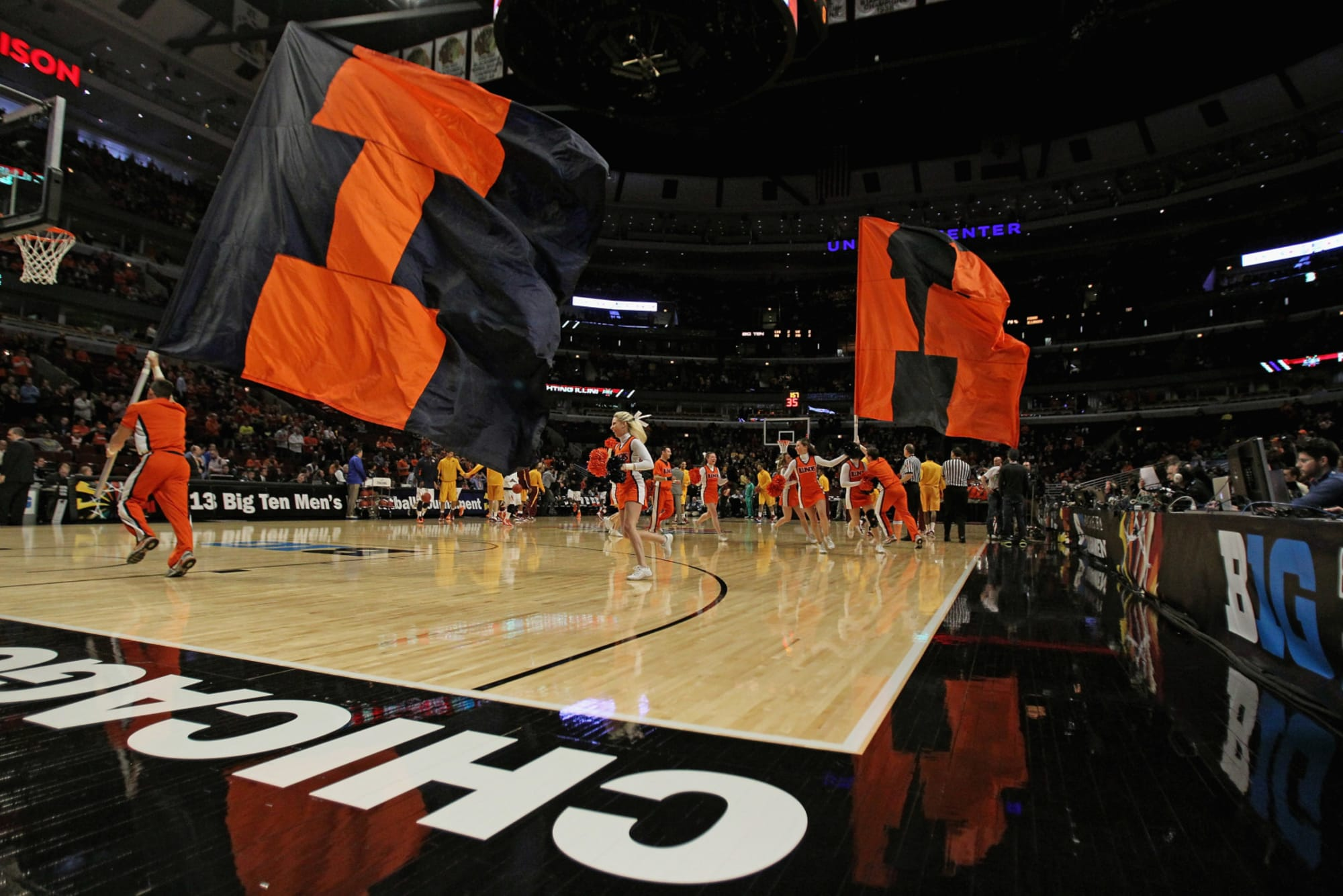 Illinois Basketball: Illini set to play in the Jimmy V Classic