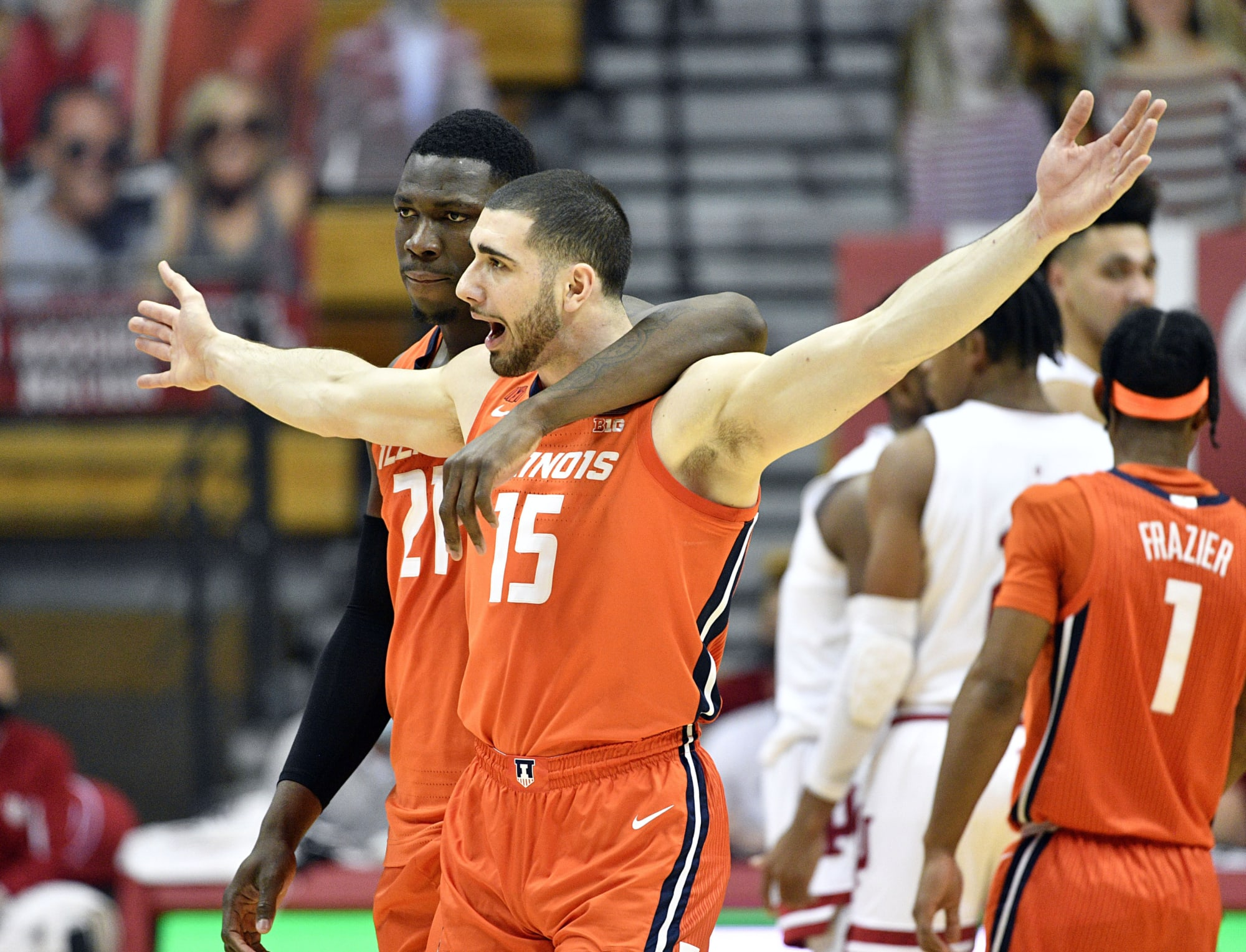 Illinois Basketball: New AP Top 25 has Illini in top 10