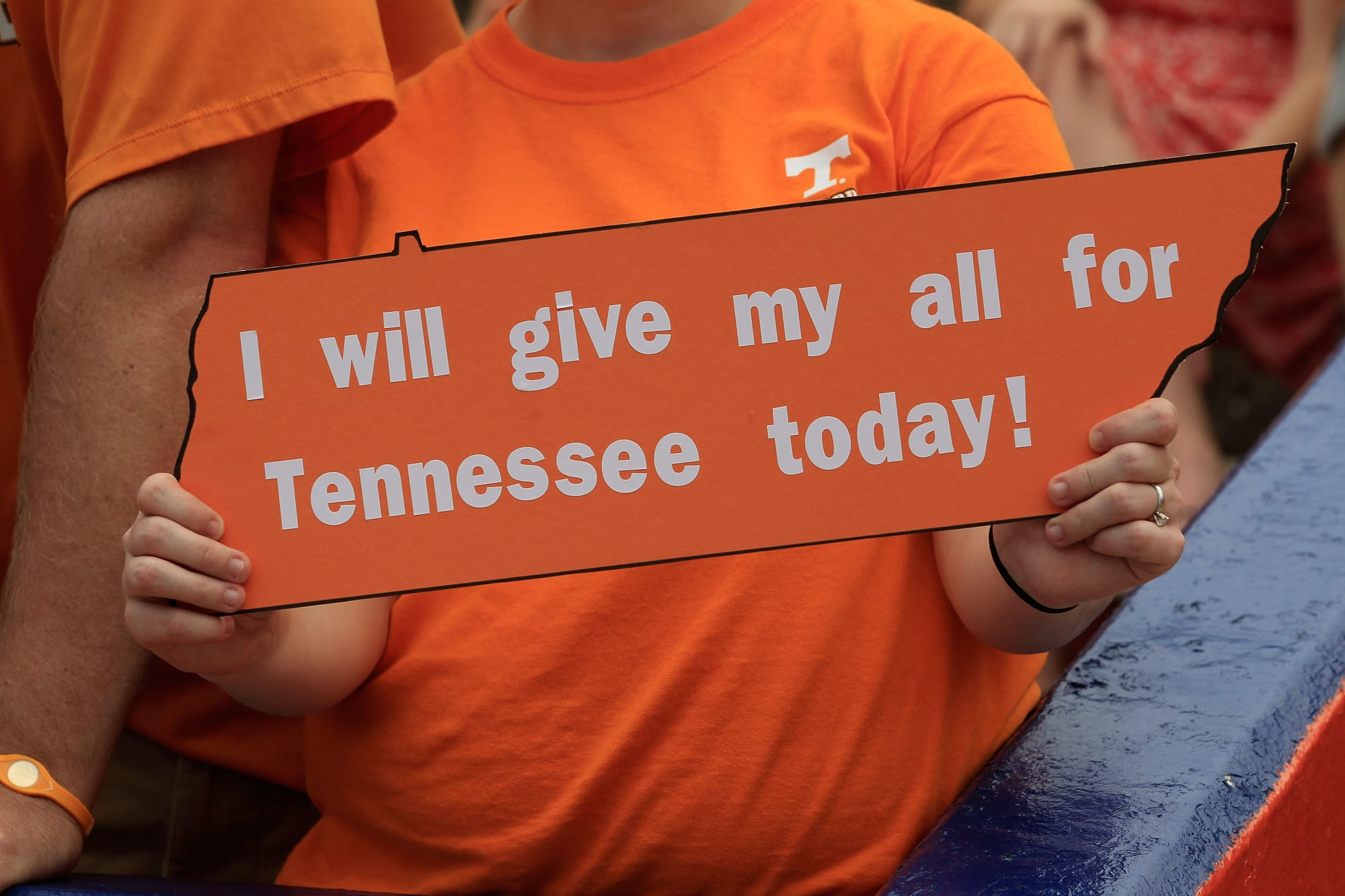 Peyton Manning says hes pulling hard for Butch Jones