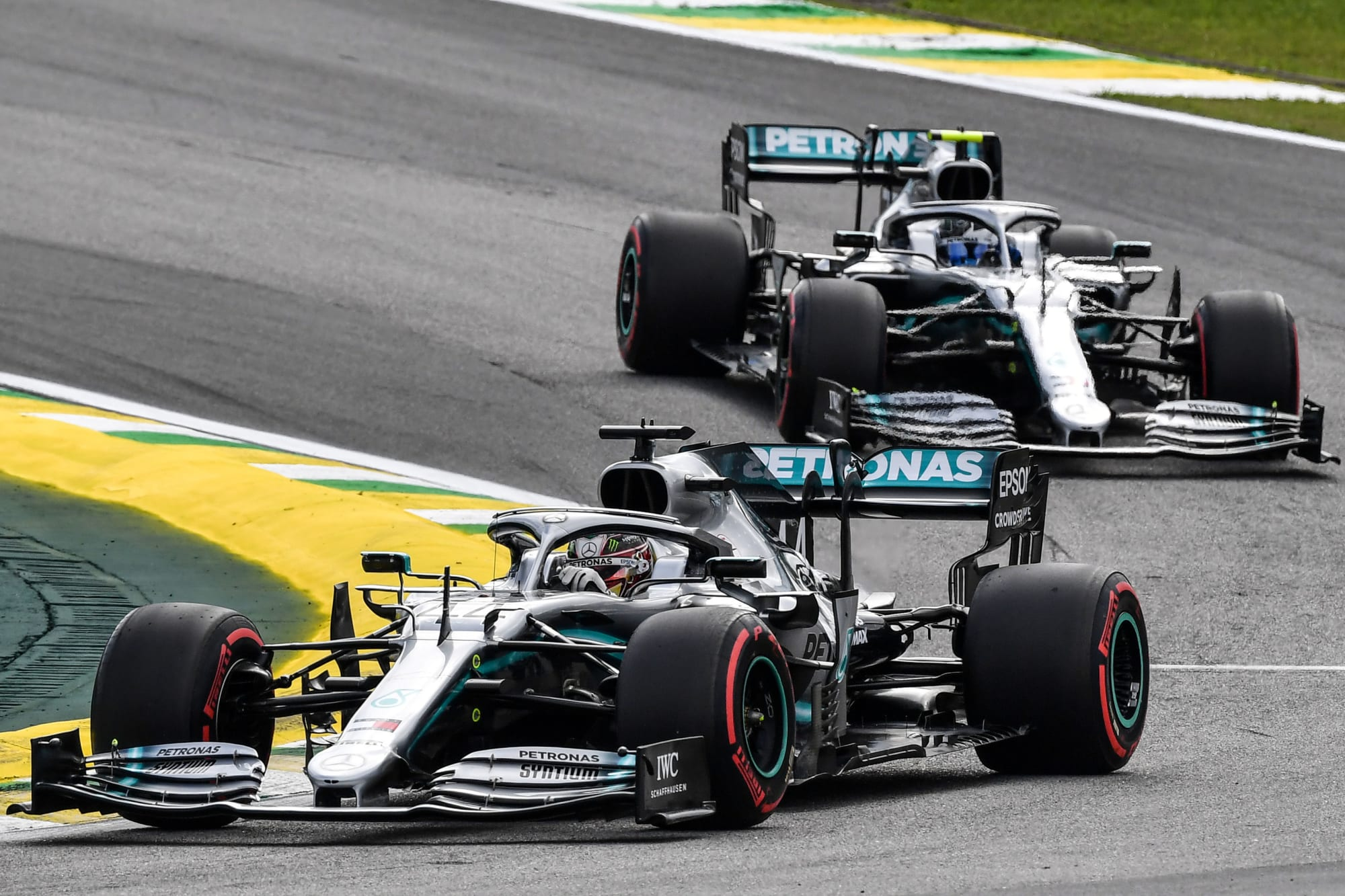 formula 1: mercedes looking to confirm 2021 lineup early?