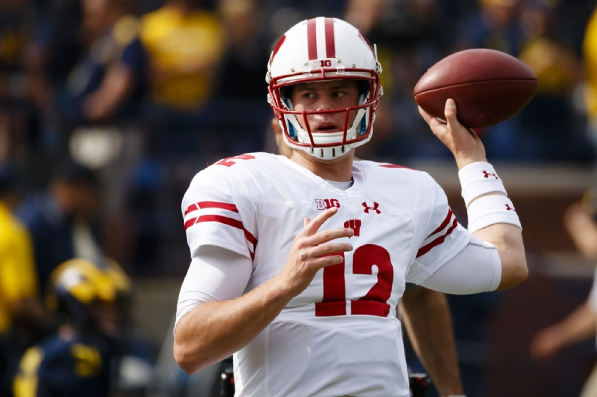 Wisconsin Badgers: Alex Hornibrook's Immobility Is A Problem