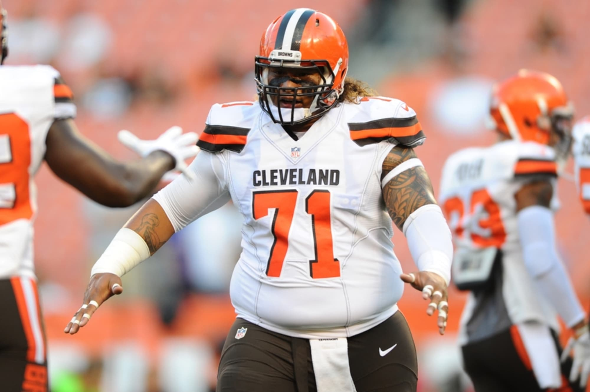 Cleveland Browns: What is Danny Shelton's best position?