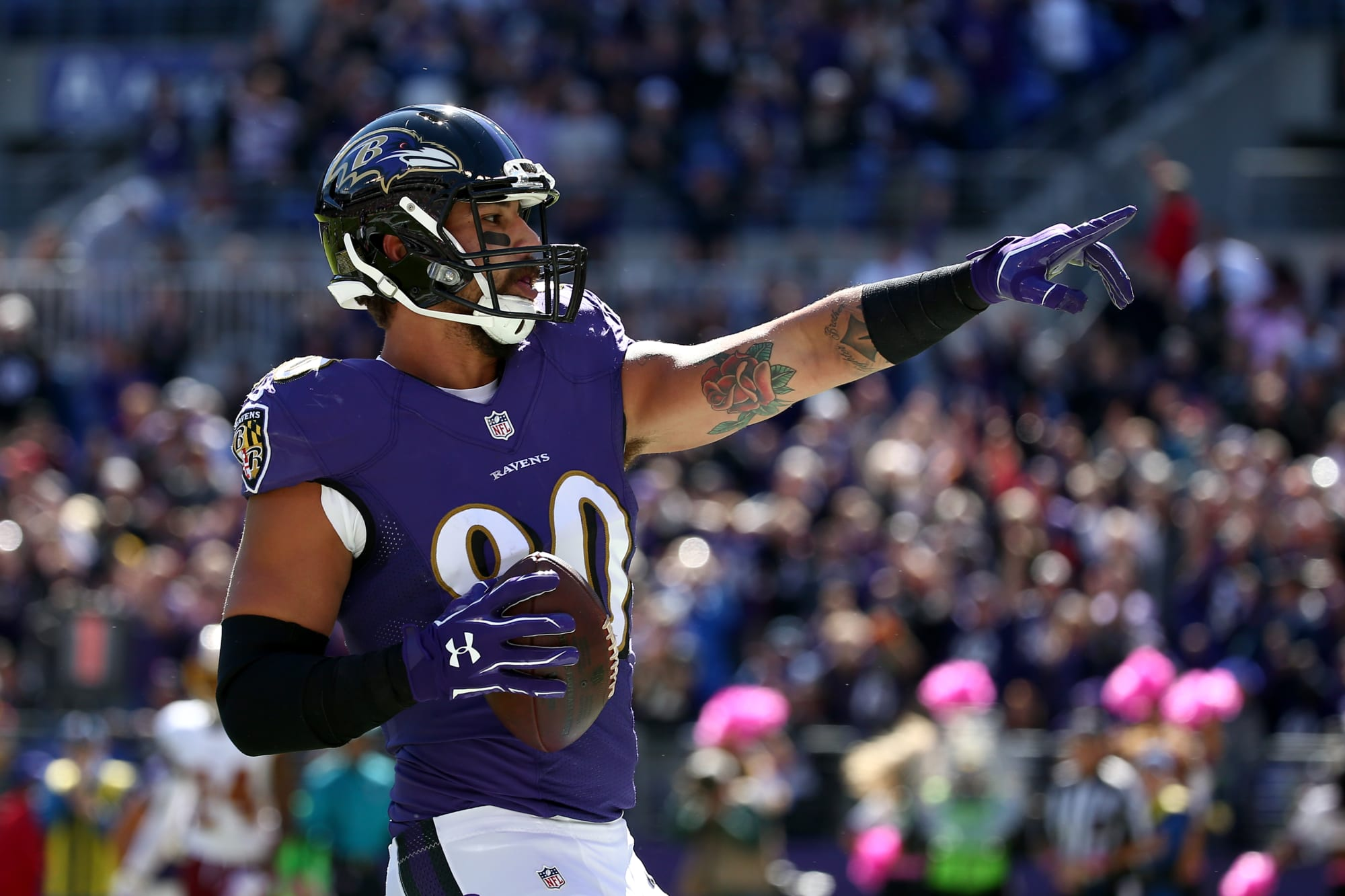 Report: Crockett Gillmore is transitioning to the offensive line