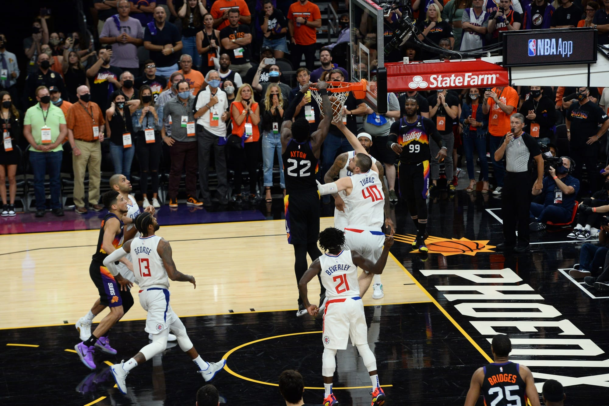 9 incredible photos of Deandre Ayton's alley-oop – Iraq News