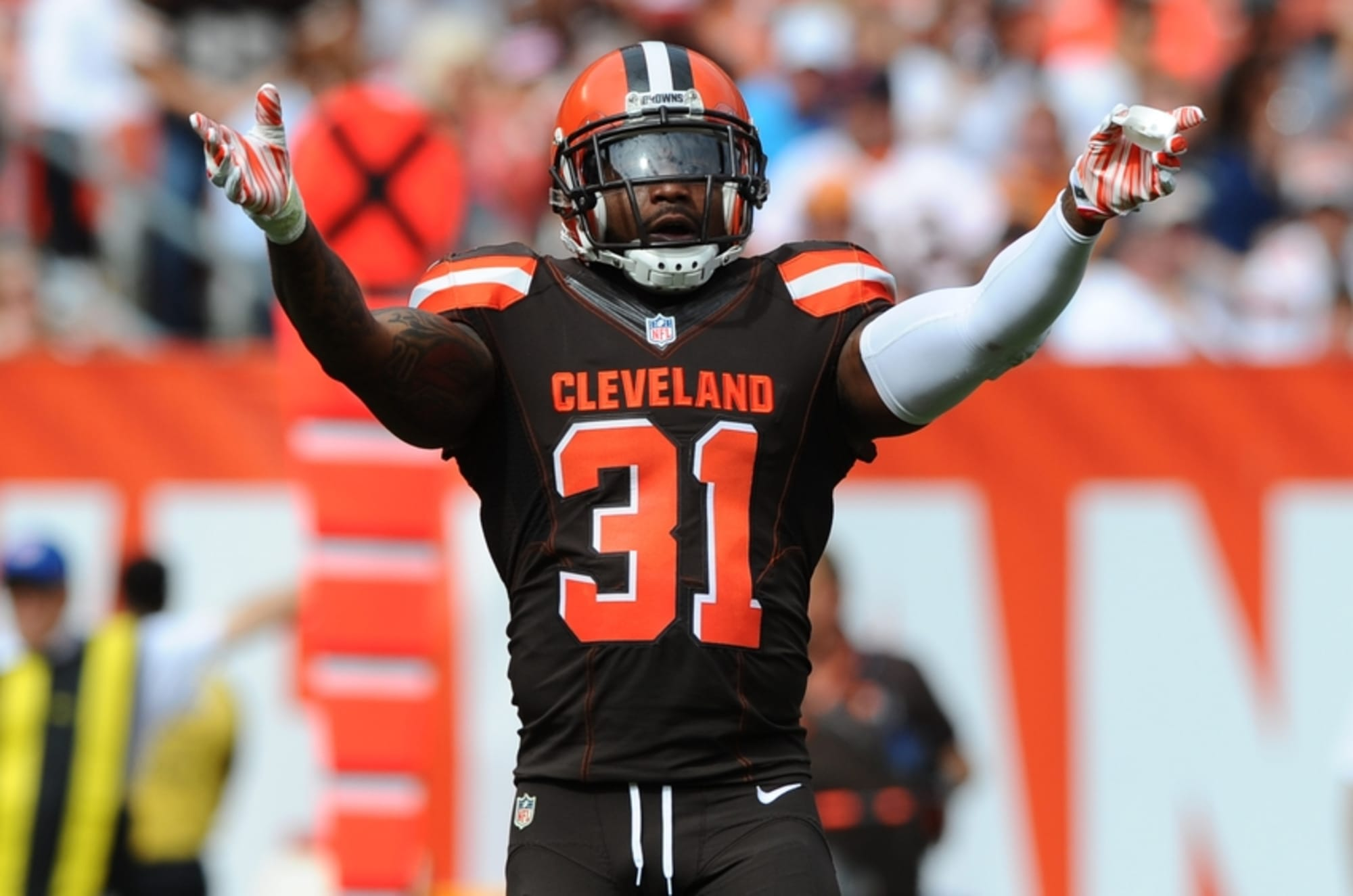 Should the Oakland Raiders sign Donte Whitner?