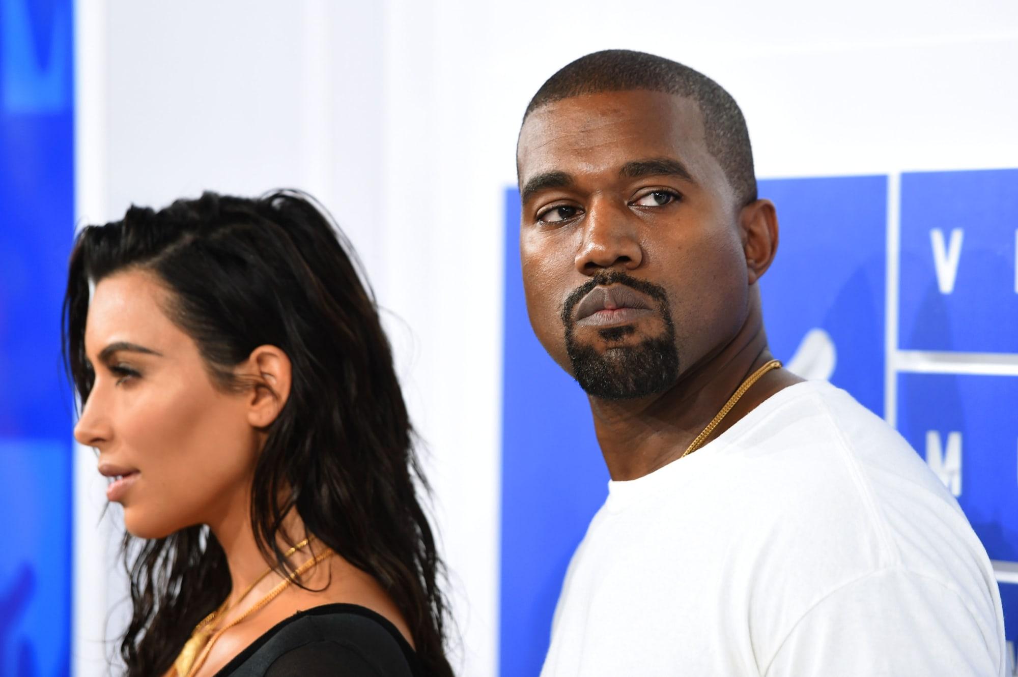 Kanye West officially unfollows Kim Kardashian on Instagram