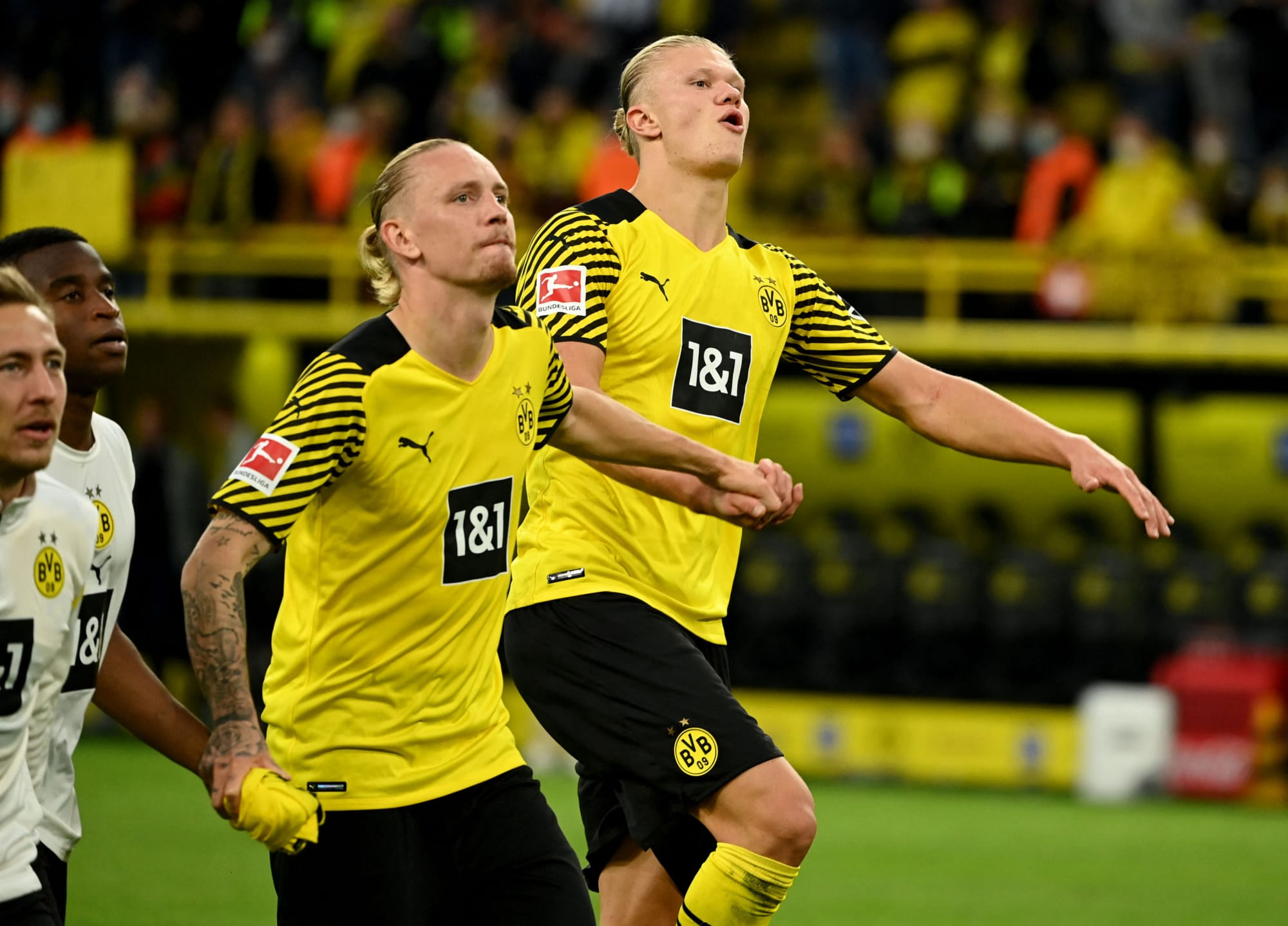 Manchester City ahead in the race to sign Borussia Dortmund goal-machine