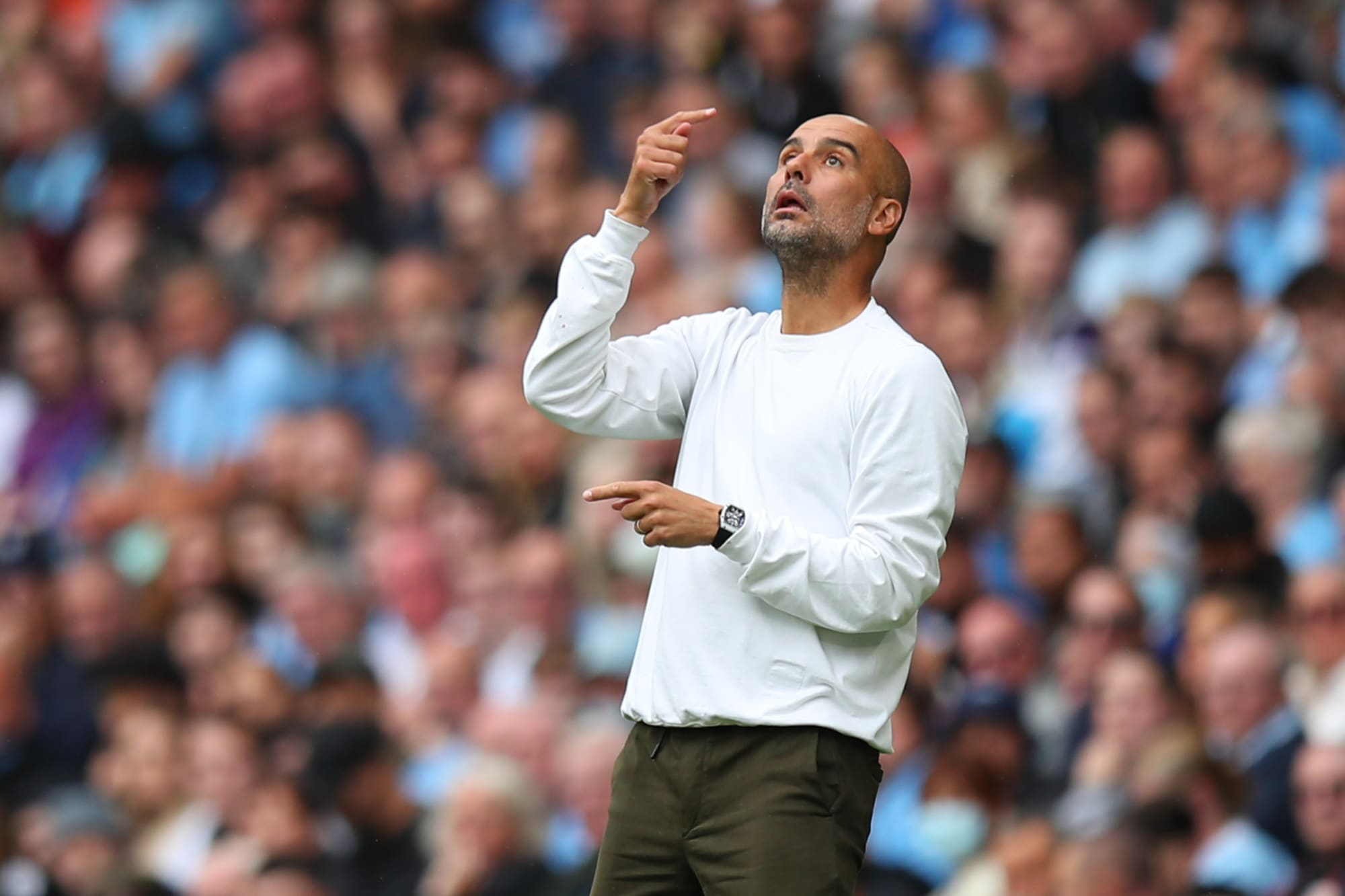 Manchester City fans optimistic of this EPL Legend superseding Pep Guardiola